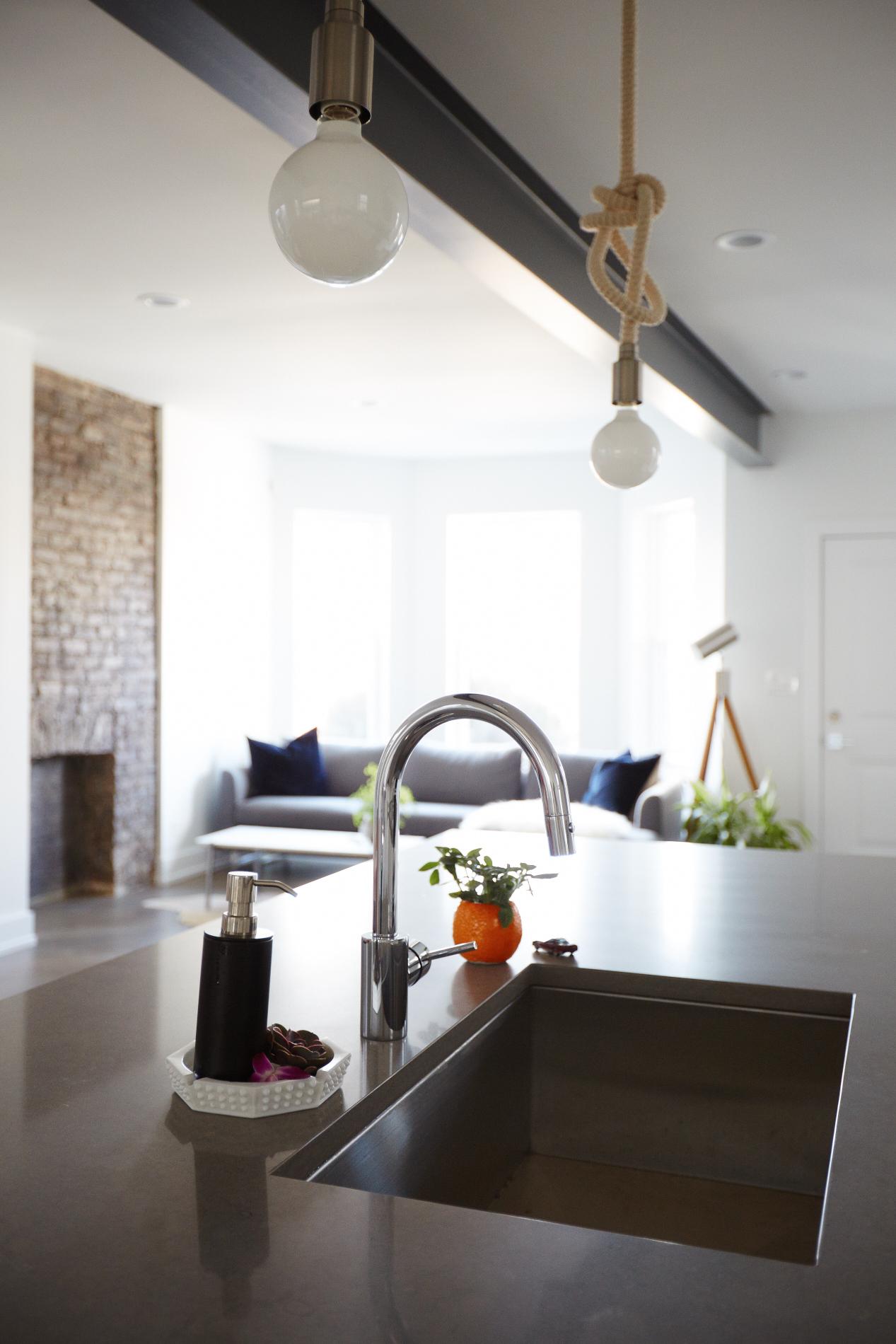 Diversey_Kitchen_Detail_3512.jpg