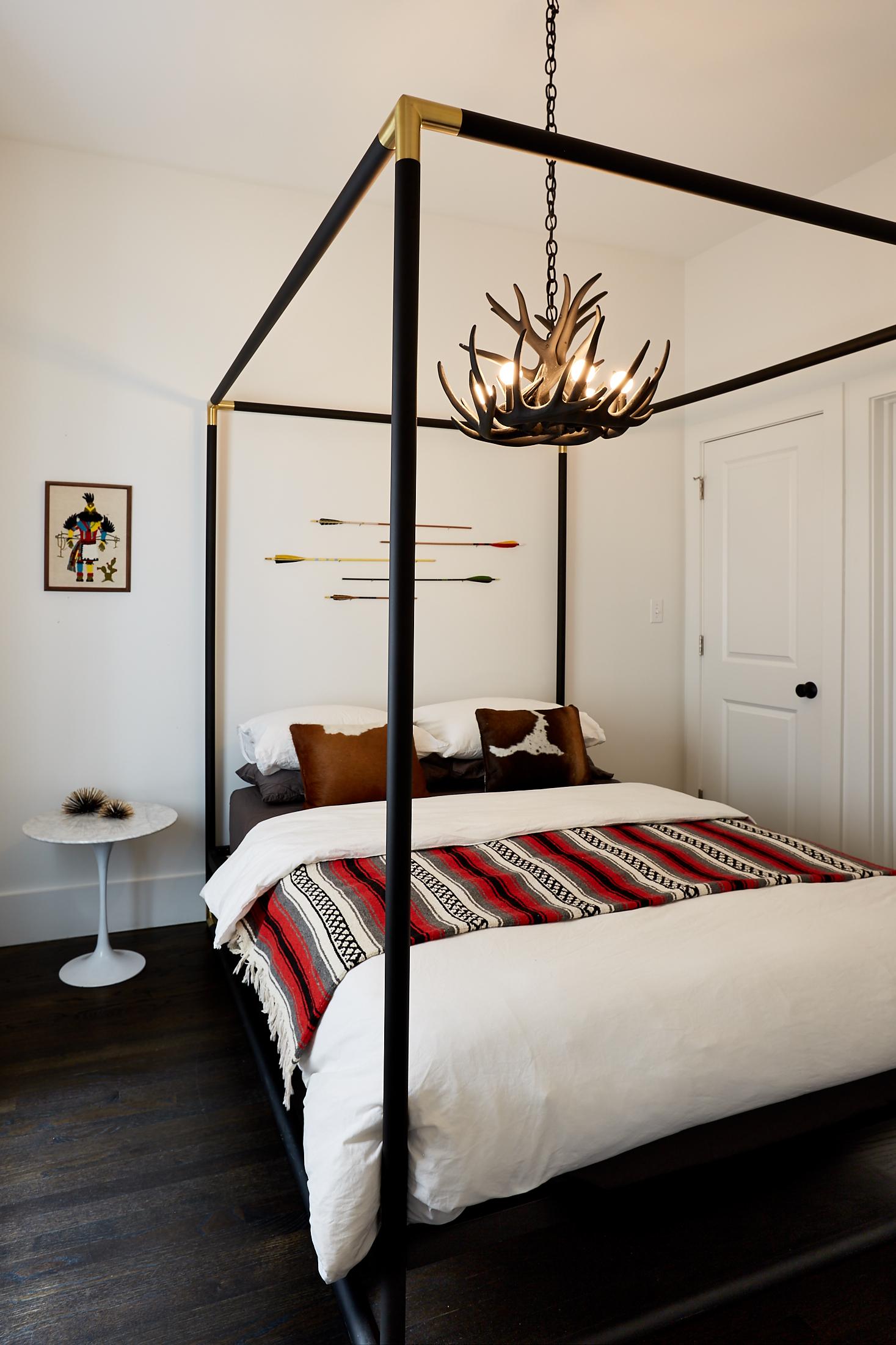 El_Motel_Bedroom_810.jpg