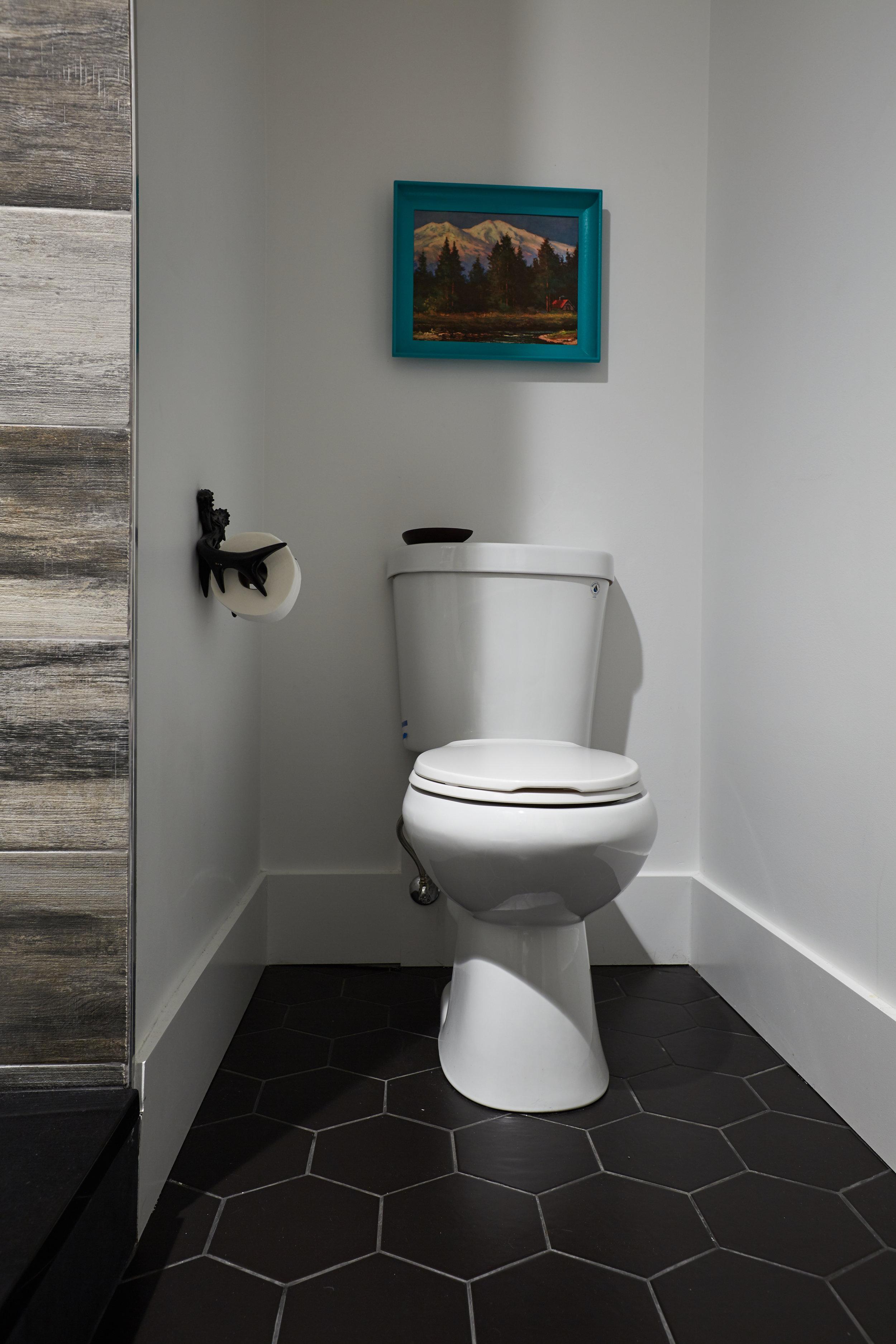 El_Motel_Bathroom_902.jpg