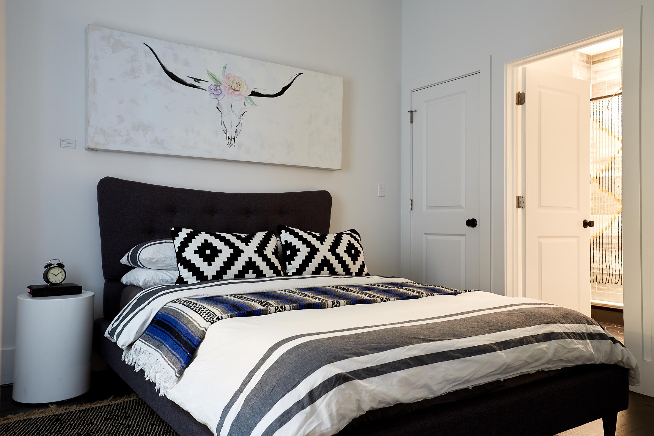 El_Motel_Bedroom_866.jpg
