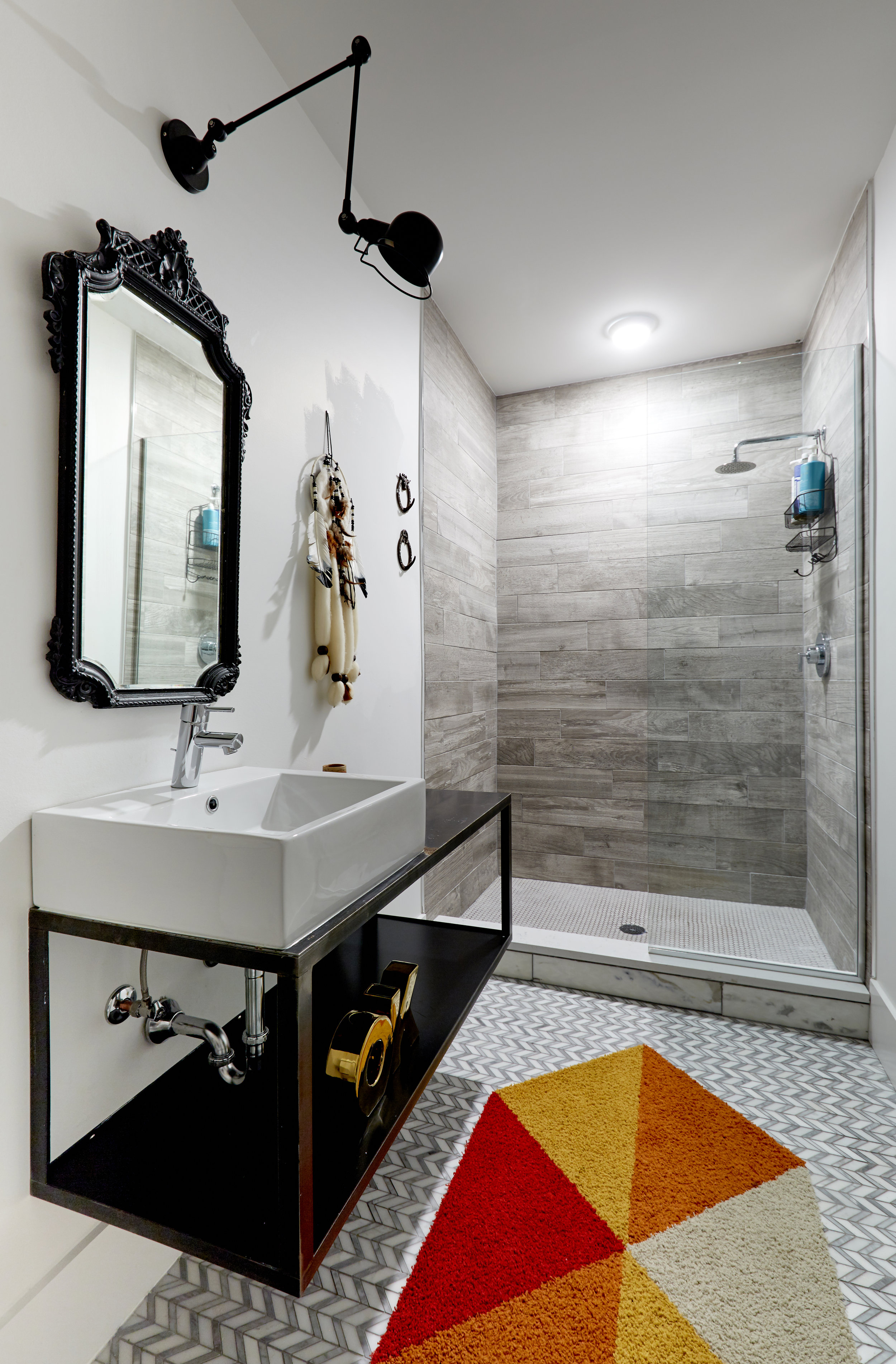 El_Motel_Bathroom_888_B.jpg