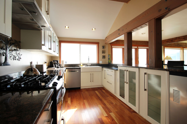 MH-kitchen1.jpg