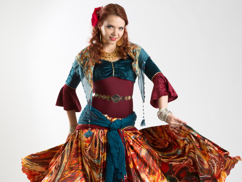 TURKISH ROMANI DANCE TECHNIQUE - WITH IANA KOMARNYTSKA