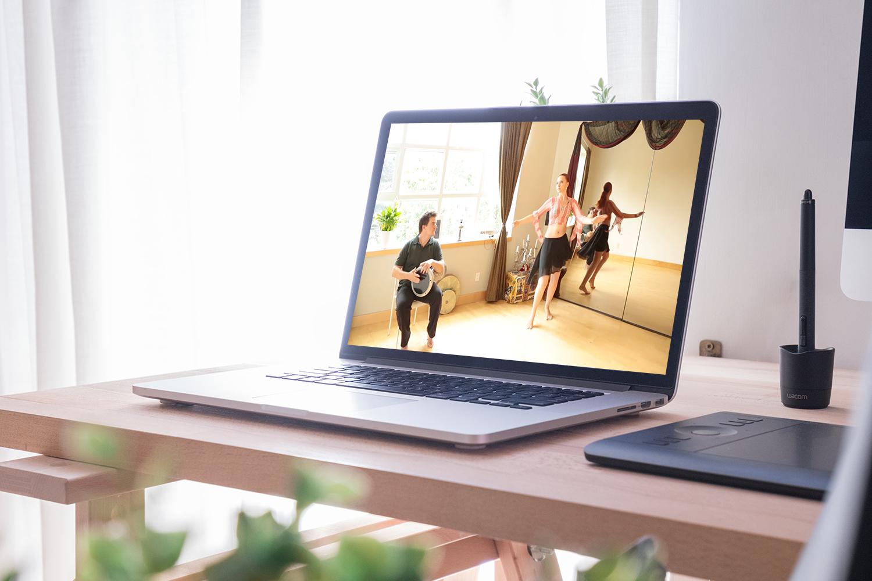 learn-belly-dance-rhythms-computer-online.jpg