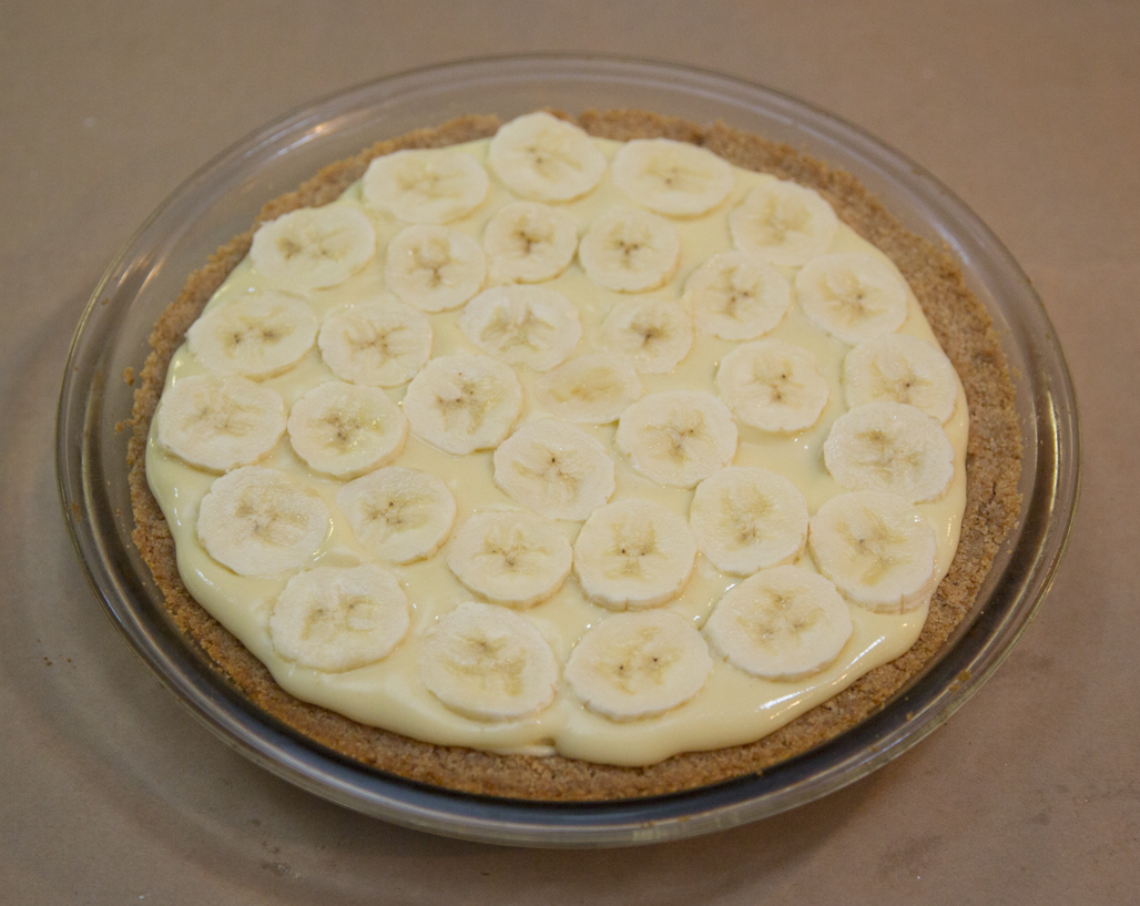 Another layer of bananas...repeat until your pie is filled.