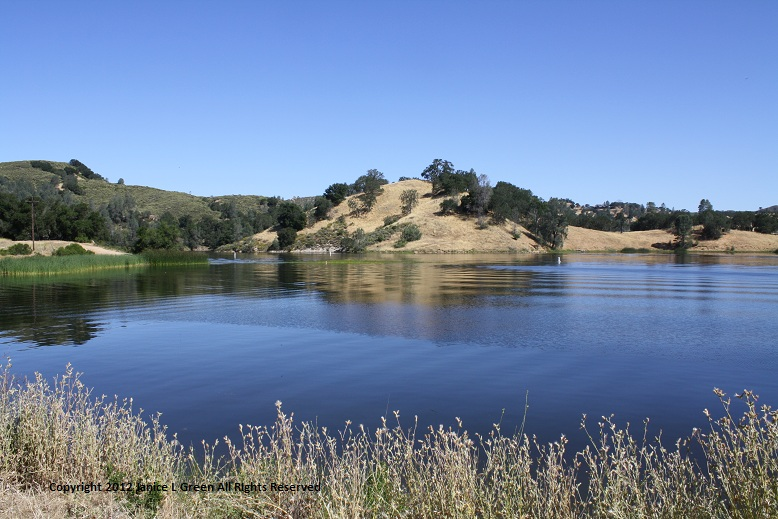 Santa Margarita Lake - Kayaking California's Flat Waters 3.JPG