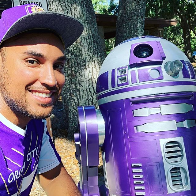 Hanging out with Cystic Fibrosis R4CF droid #latintouchentertainment #_djlu #maythe4thbewithyou #goCity