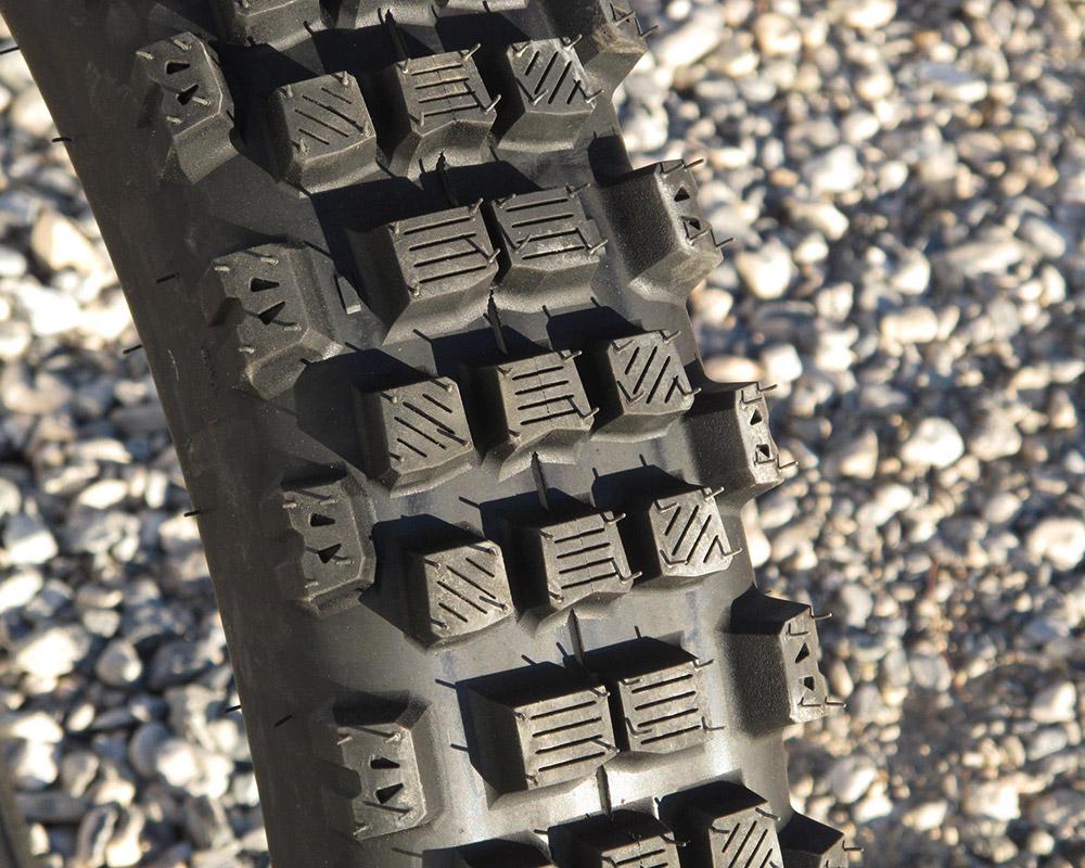 PhotoCredit : Jimmy Lewis' Dirt Bike Test