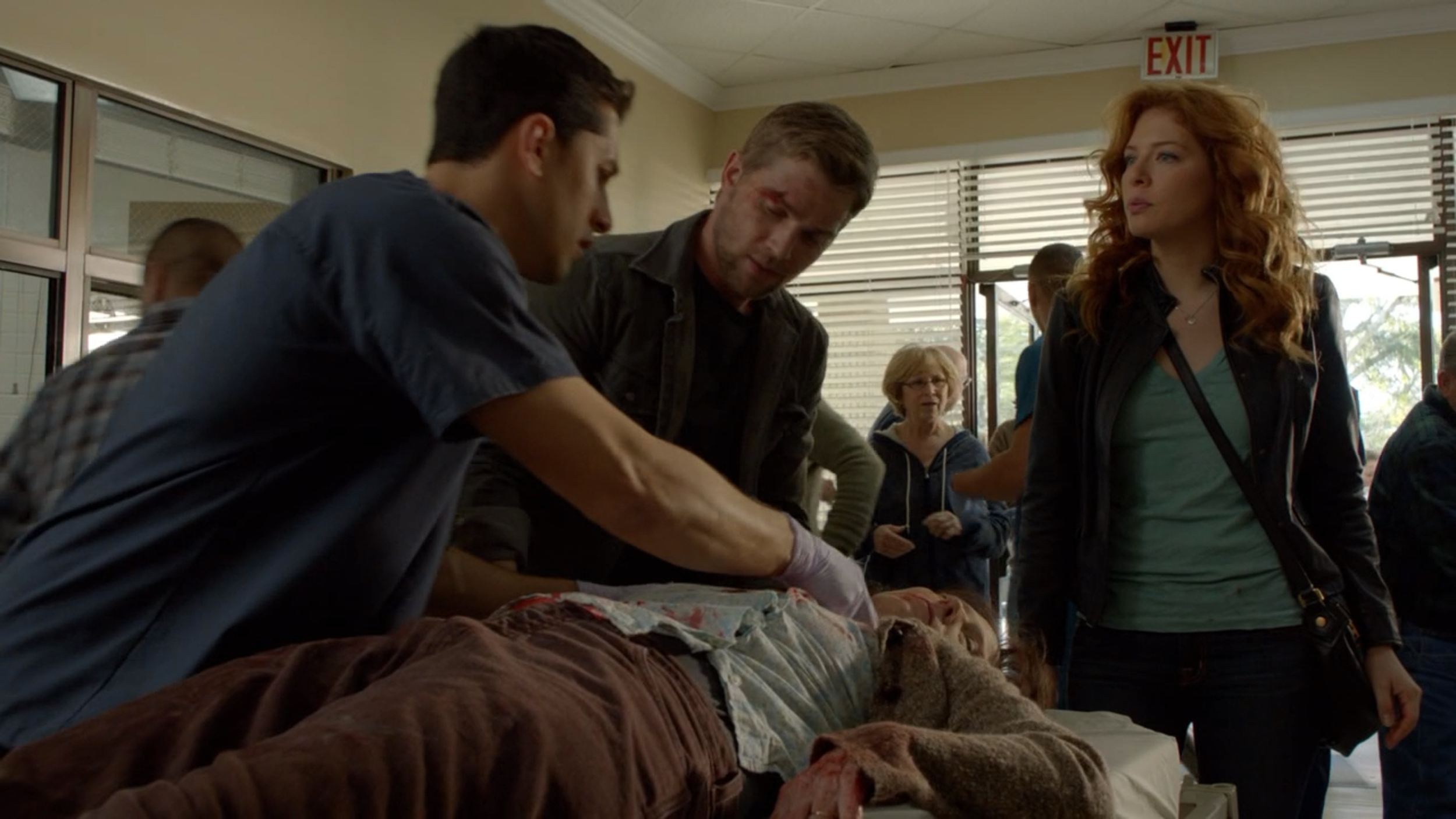 UNDER THE DOME  with Mike Vogel & Rachelle Lefevre