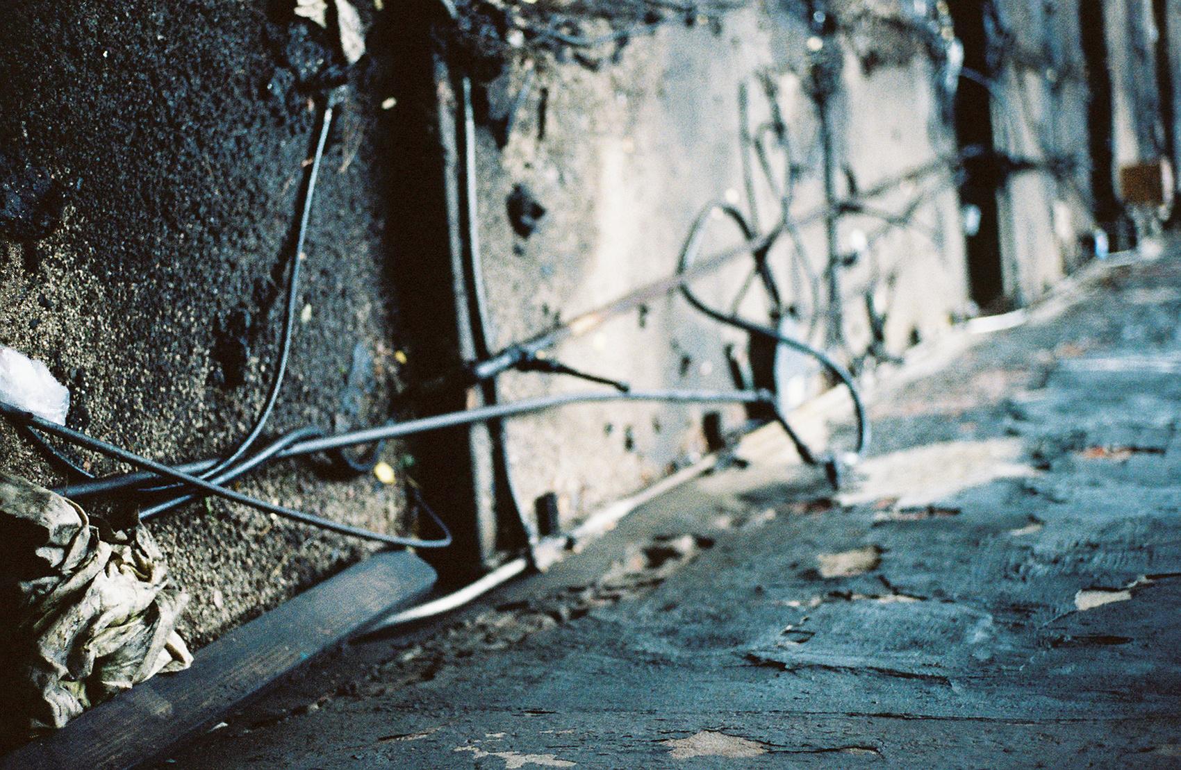 Wall-Leica.jpg