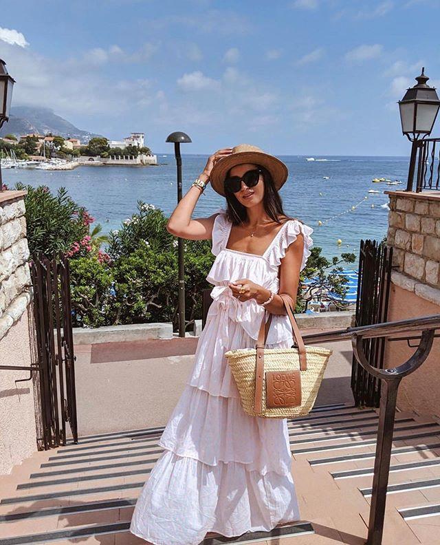 Riviera romance with @tijanserena and the Maxi Flounce Dress #wiggykit #maxiflouncedress #riviera