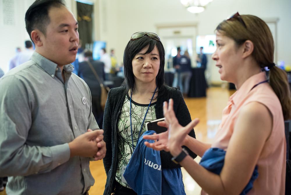 Nelumbo engineer James Ma (left) and Berkeley Lab scientist Vi Rapp (right)