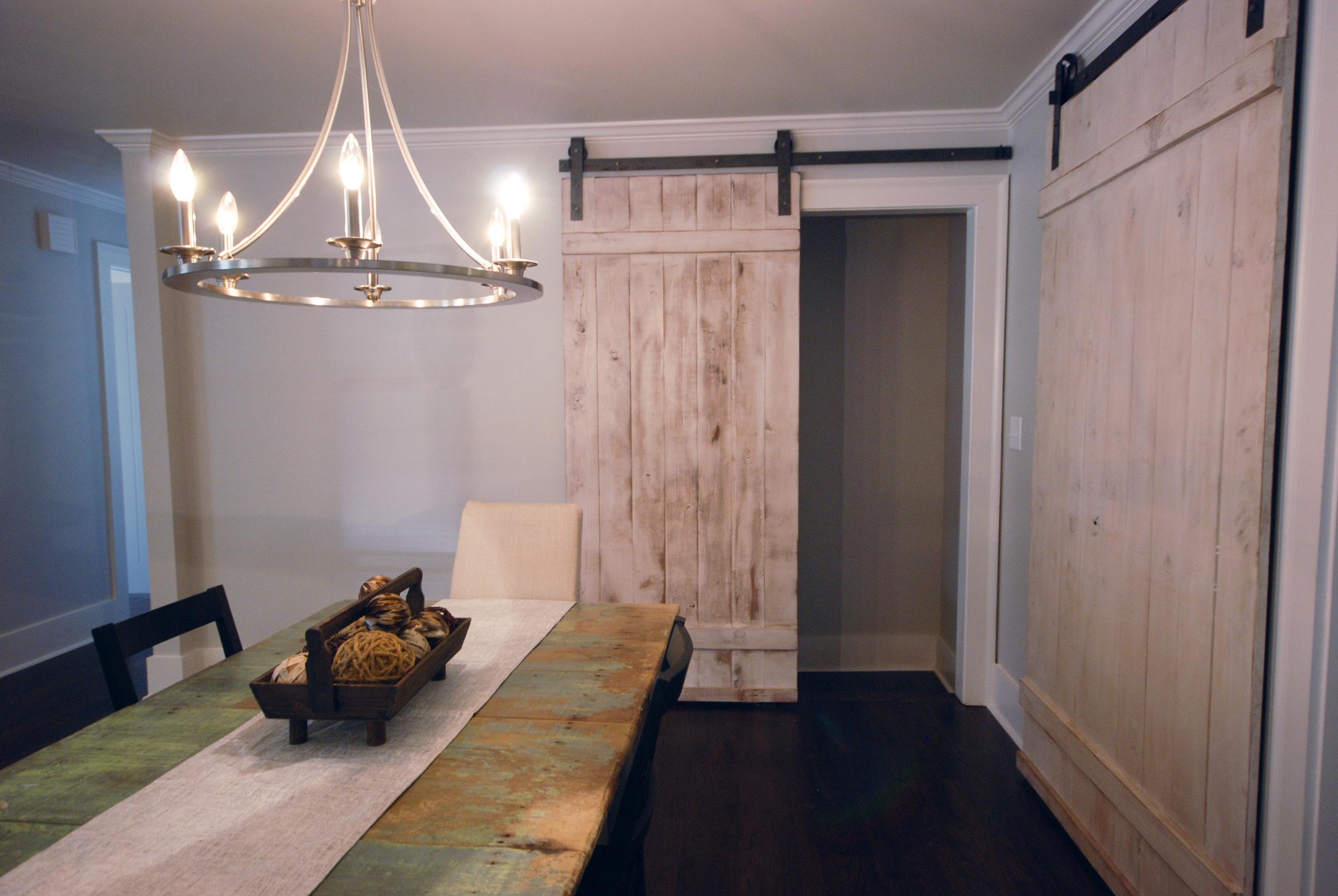 DIY barn doors via Drum Homes