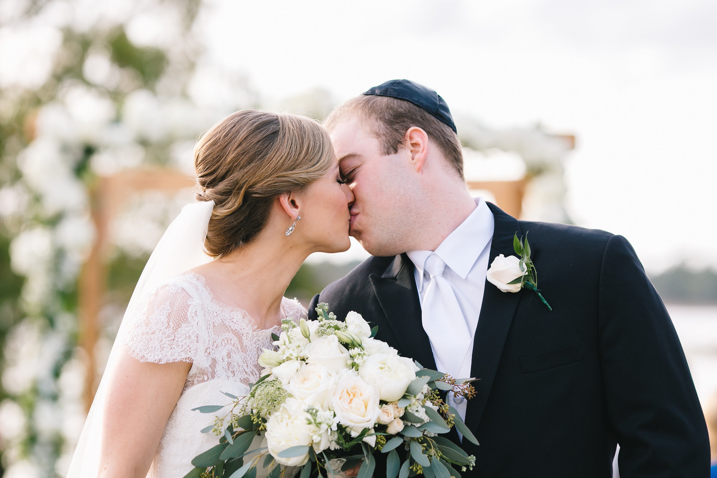 First kiss as husband and wife Orlando couples