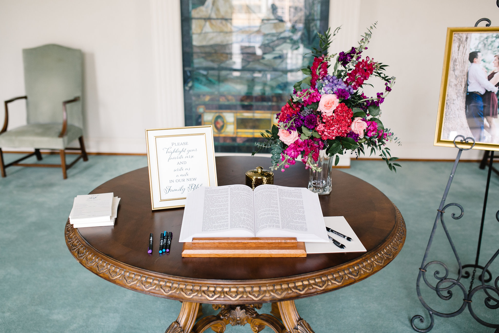 Bible guest book, guests highlight their favorite verse and leave a message