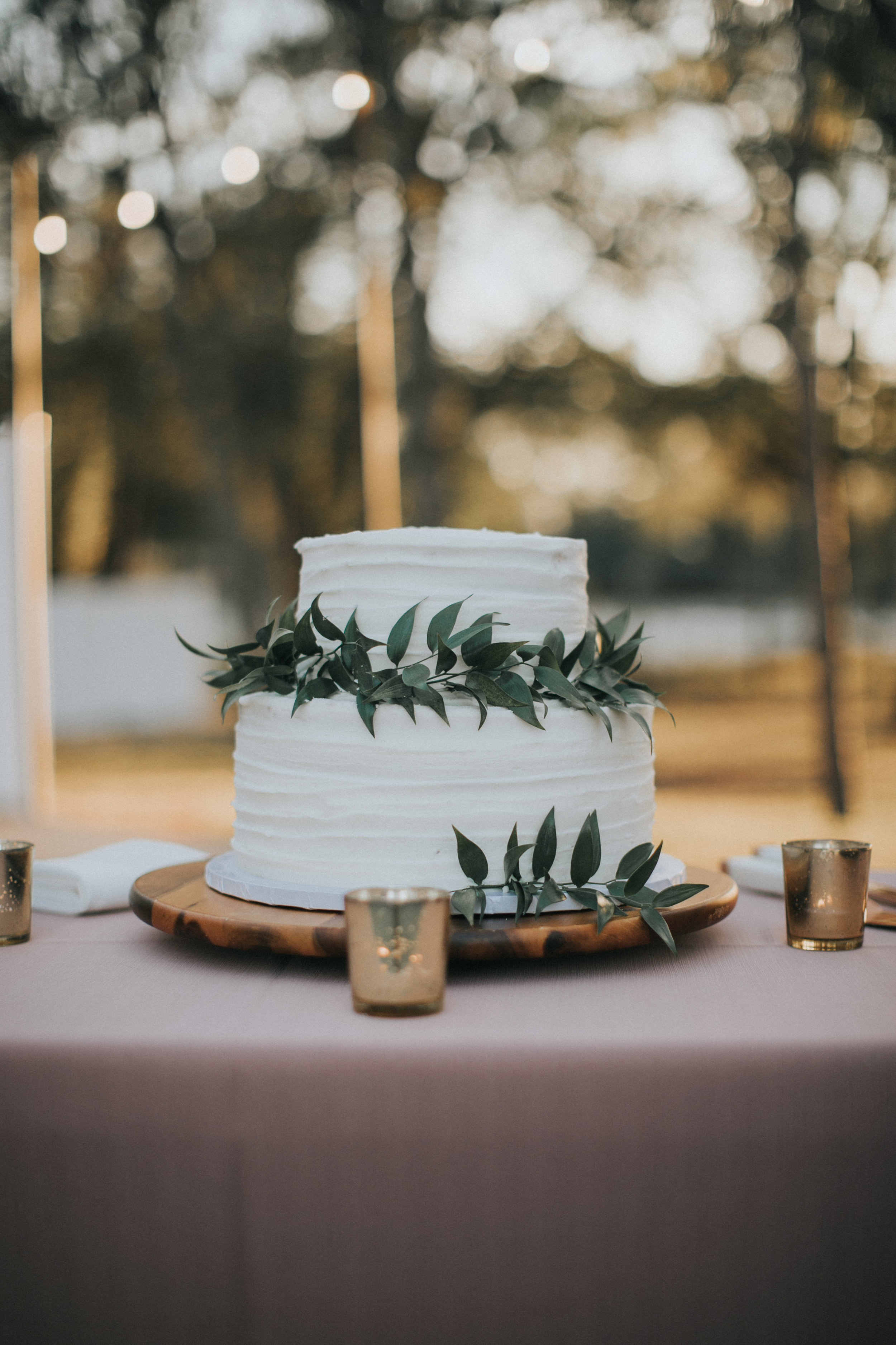 Wedding cake by Sweet Cakes Winter Park