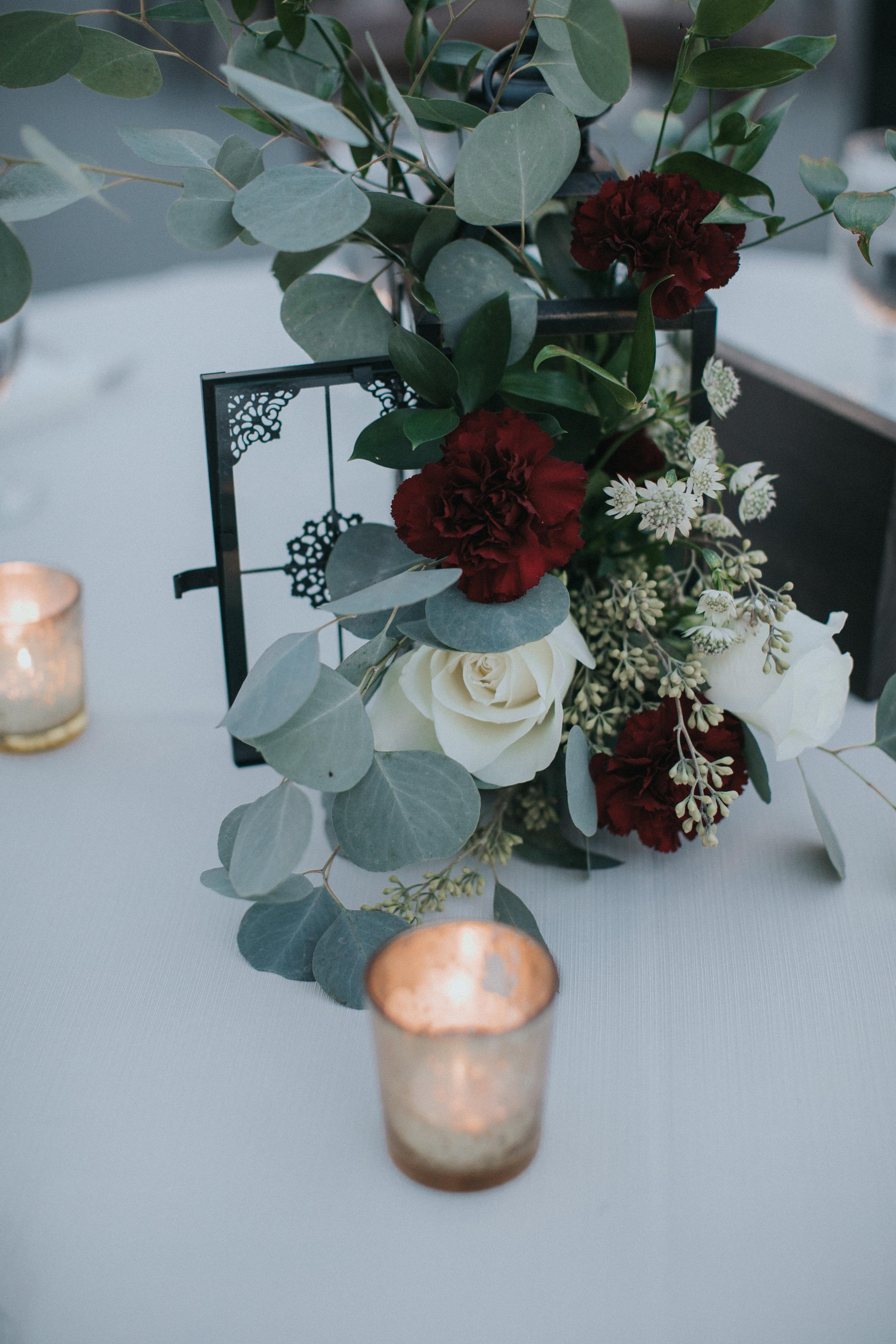 Wedding reception centerpiece by Bluegrass Chic Wedding Flowers
