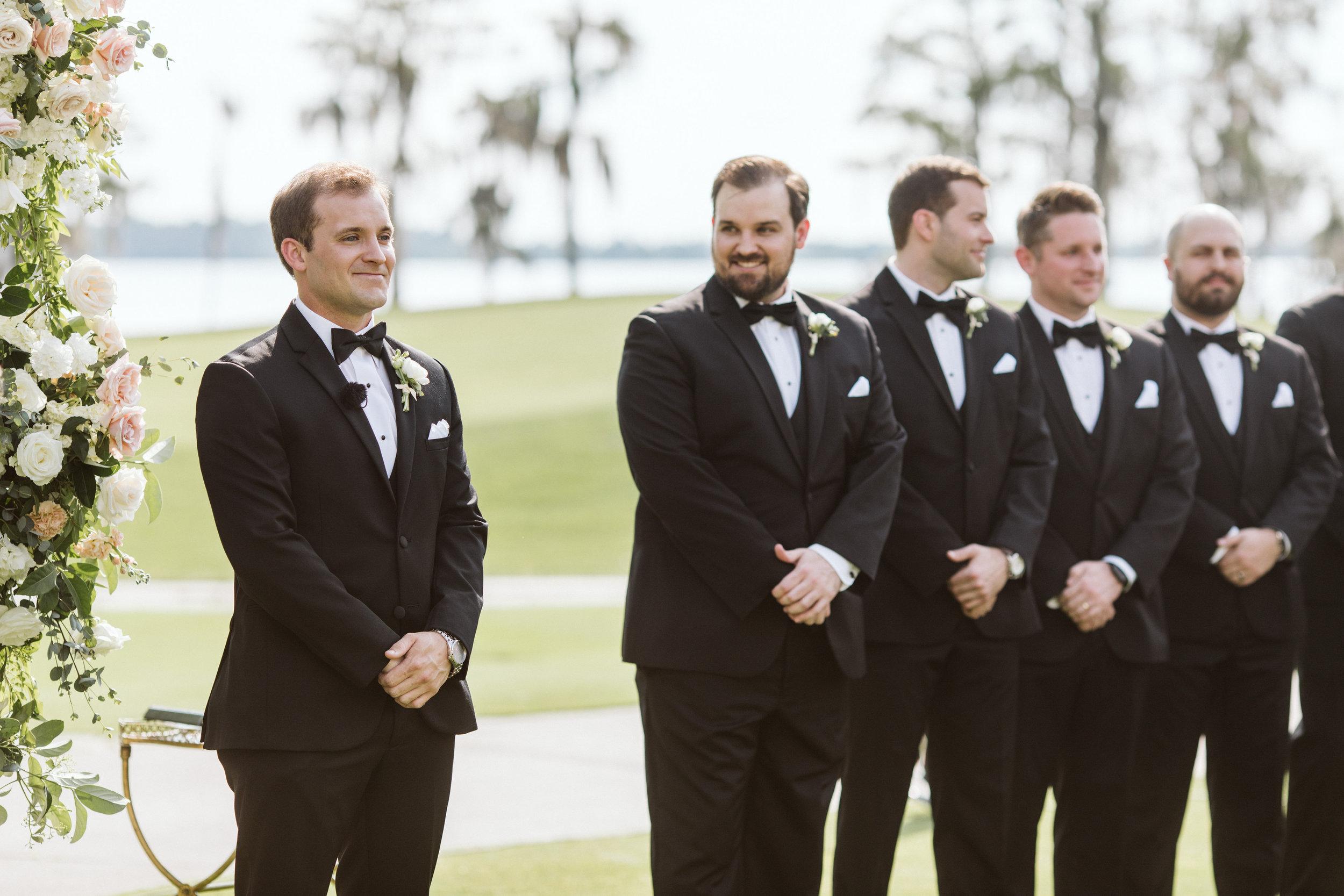 *Katie Blue ribbon weddings Favorites-0037.jpg