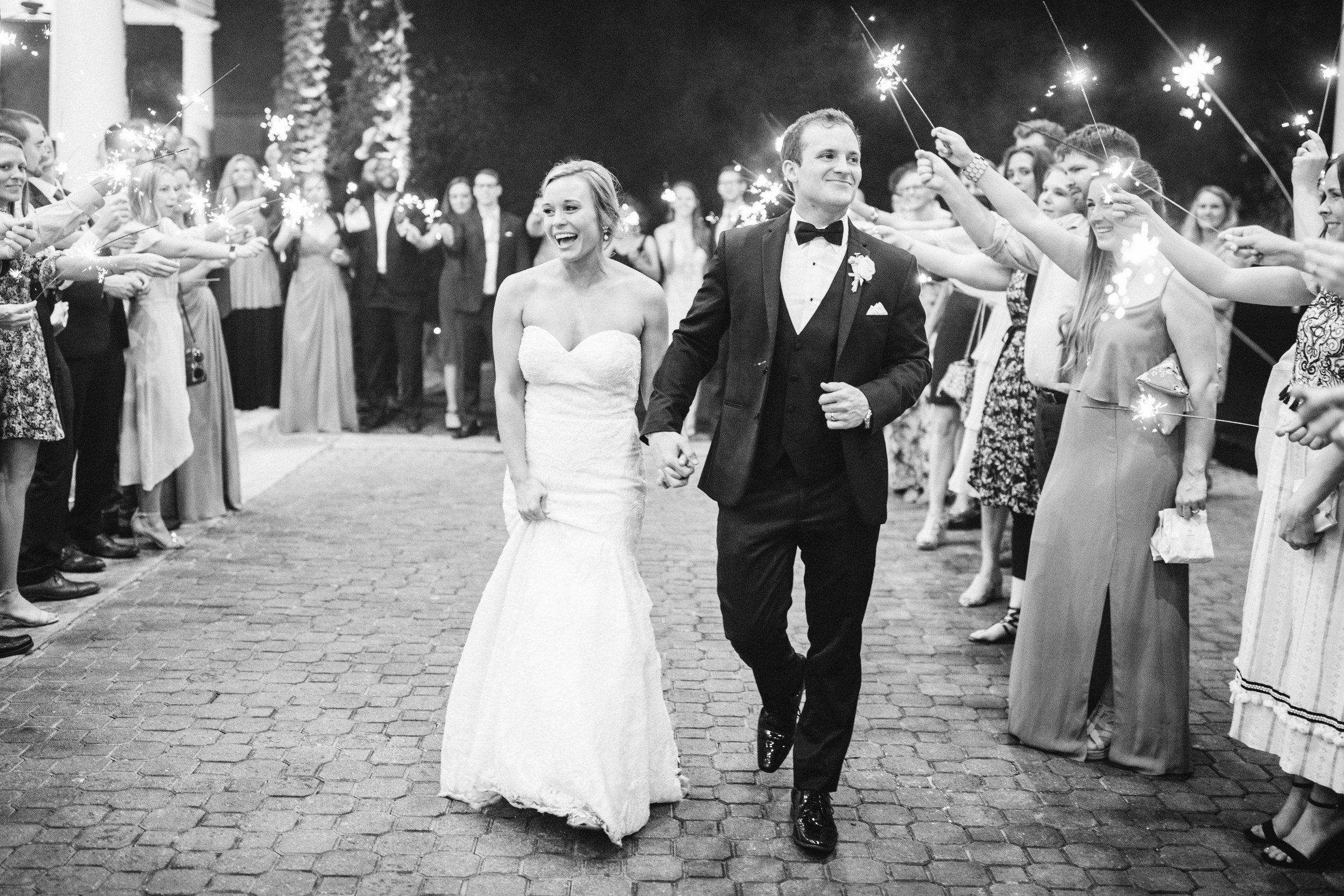 *Katie Blue ribbon weddings Favorites-0103.jpg