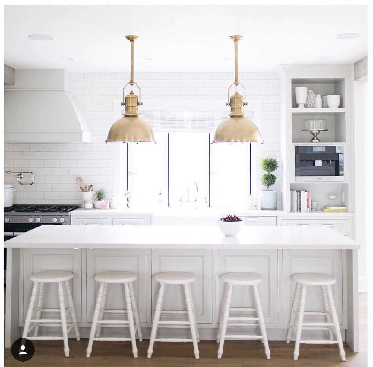 Instagram @jillian.harris