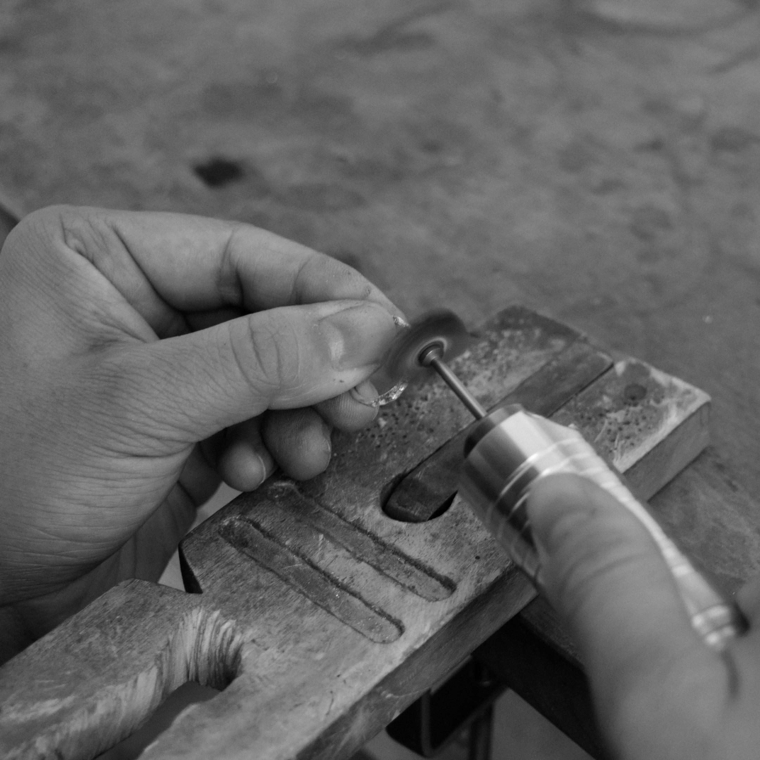 6. The outer surface of the ring is polished using different grades of bristle polishing discs, mounted on a rotary tool.