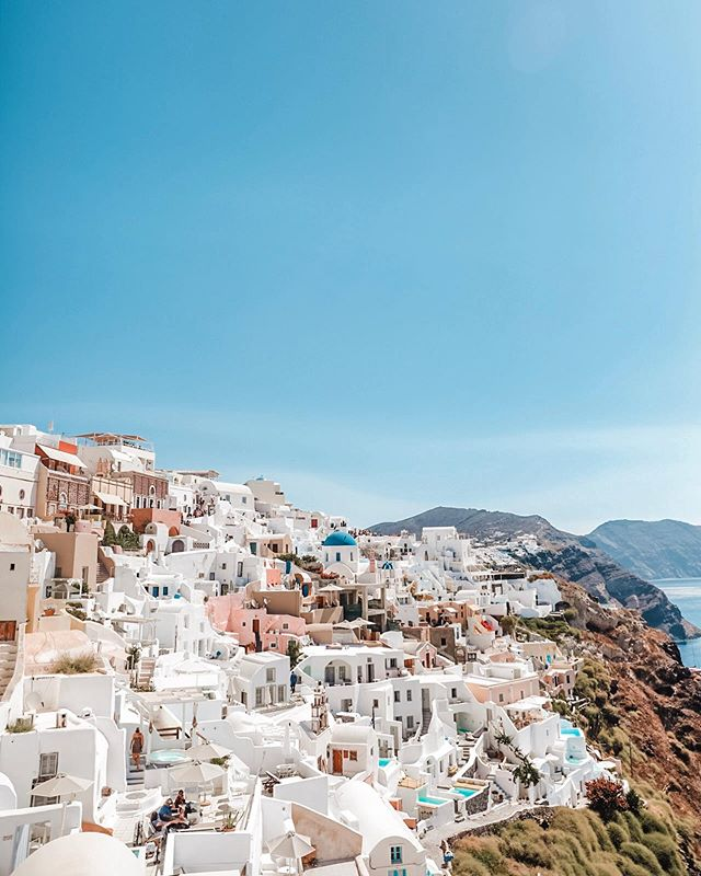 The obligatory Oia, Santorini photo but I mean how can you not!  #TravelwithNiaD . . . . . . . . . . . #lifestyleblog #motherhood #tampablogger #womensfashion #styleinspo #style #styleblog #ootd #streetstyle #stylish #Floridablogger #hiddentampa #tampafoodie #fashionaddict #styleblogger #personalblog #styleinspiration #santorisecrets #inspiration #lifestyle #travel #summertravels #fashionblogger #photooftheday #greece #santorini