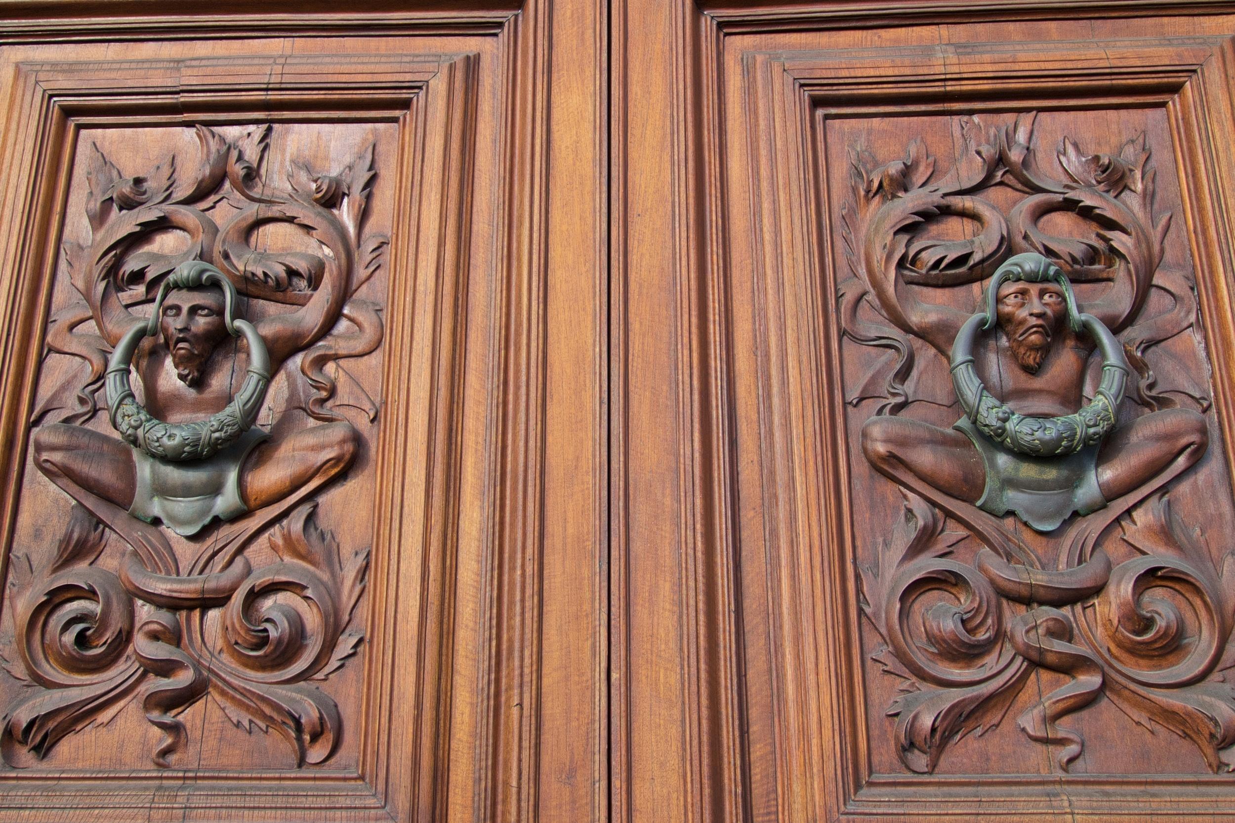 Best door-knockers in Florence!