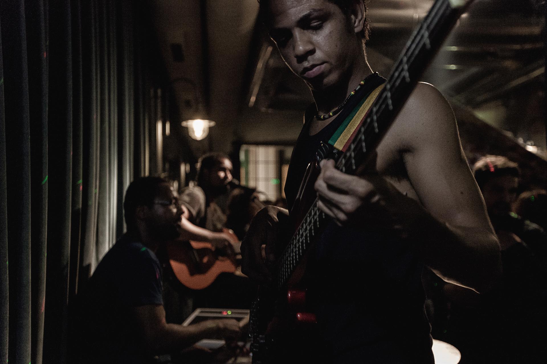 Afro Magic Photography Fotografia Stage Concert bonjourmolotov Andre Gigante 01