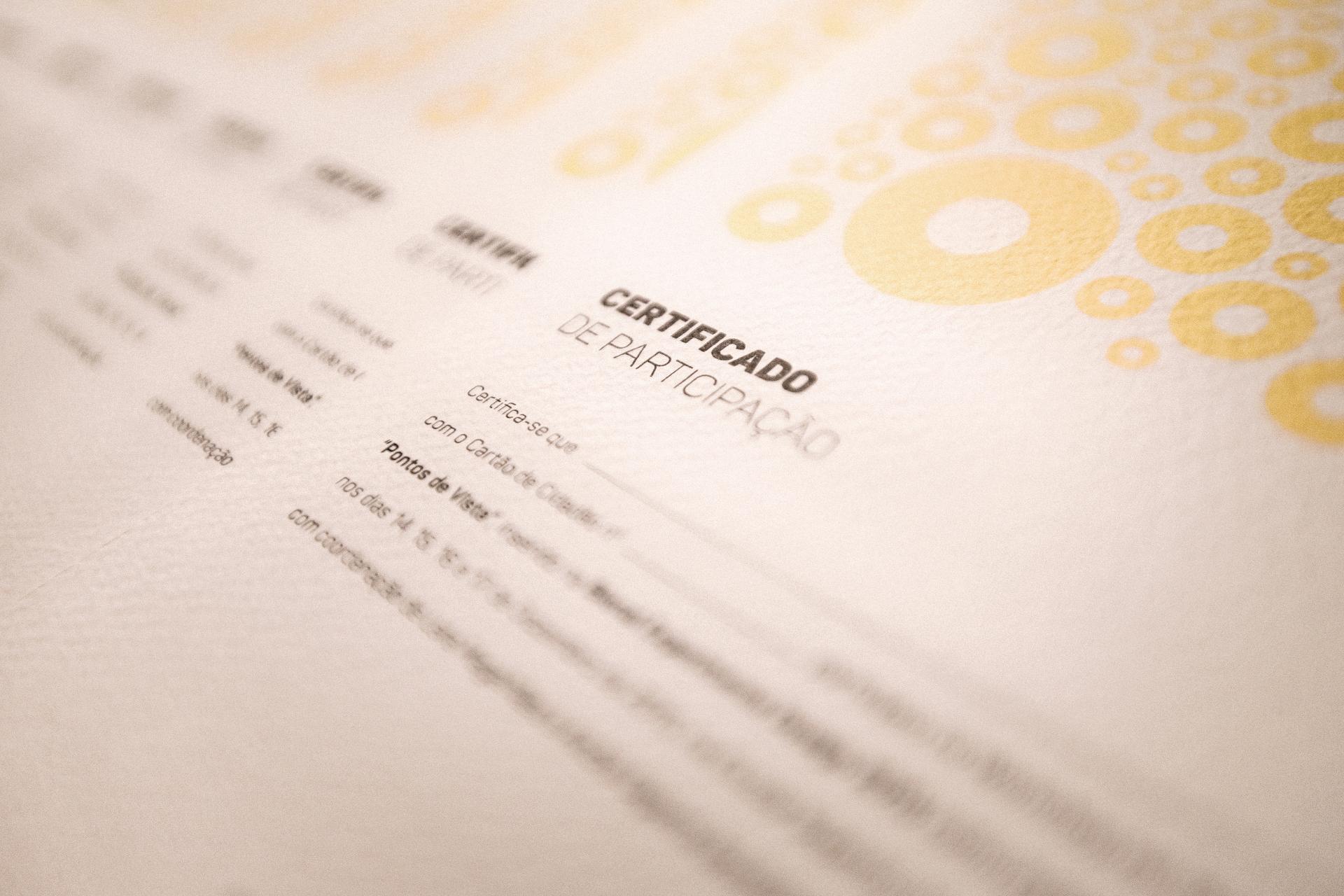 bonjourmolotov certificado workshop pontos de vista EXD15 tangenciais ESAD Matosinhos tipografia anamórfica 02BA N.jpg