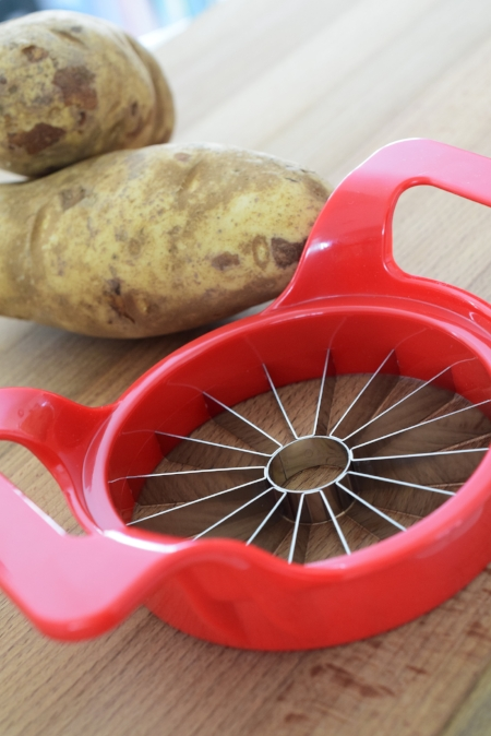 154 T A Use a Apple Slicer for Perfect Wedge Potatoes.JPG