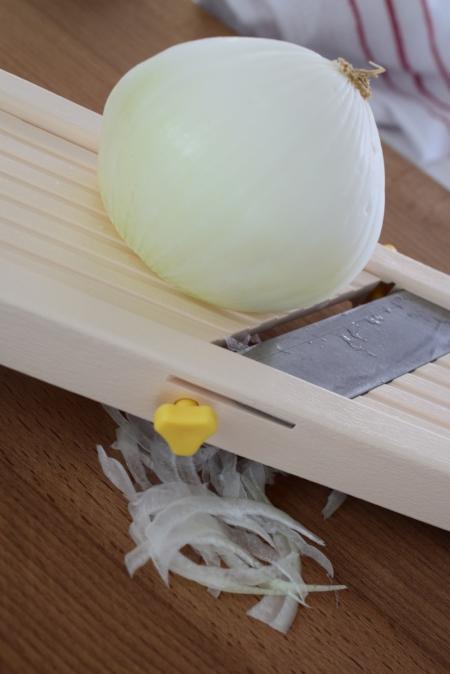 157 T A Using a Mandolin 101 01.JPG