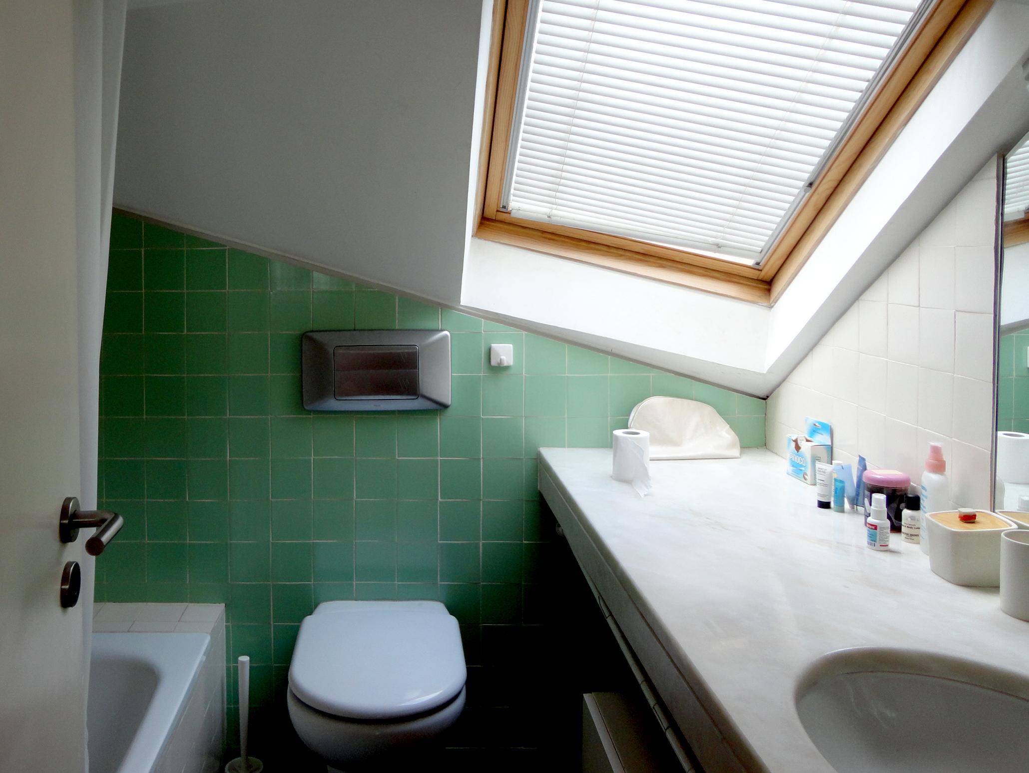 casa de banho das visitas que pernoitam.