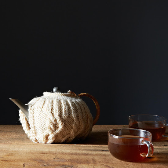 wool cable knit tea cosy.jpg