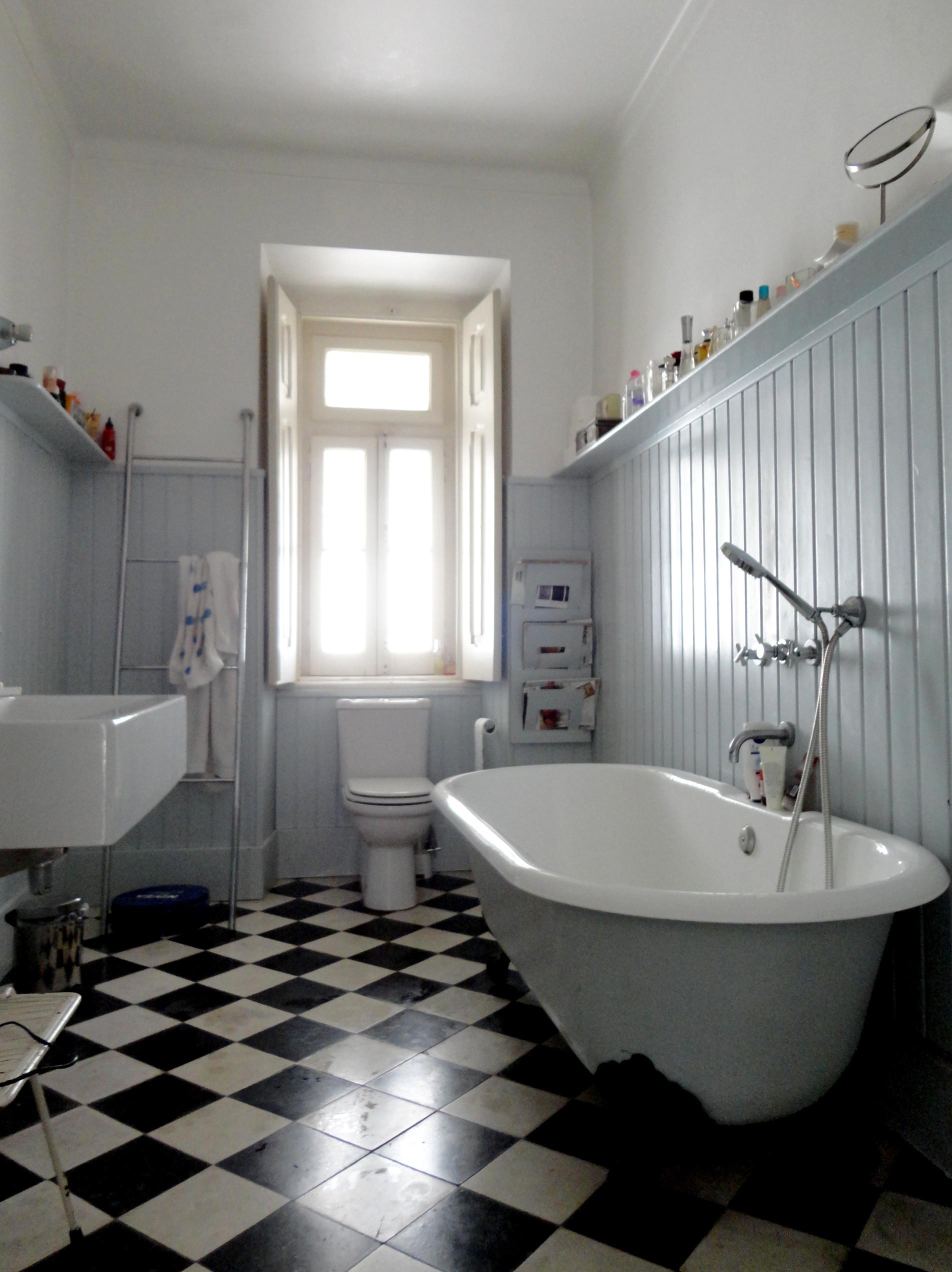 2 wc.jpg