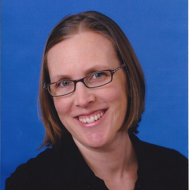 Jenni Mangel Headshot.jpg