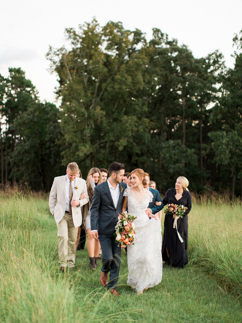jessica-zimmerman-events-moss-mountain-farm-orgainic-bridal-bouquet-garden-farm-to-table-photoshoot