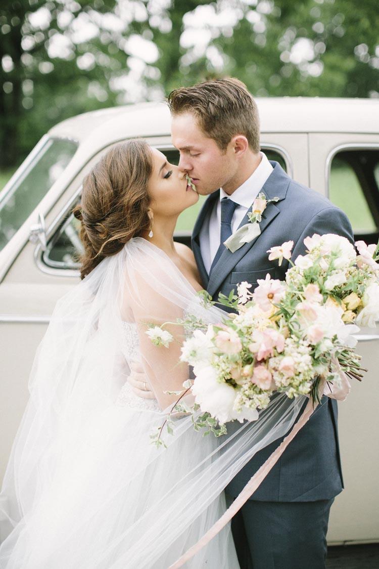 organic_little_rock_wedding_planner_cheerful.jpg
