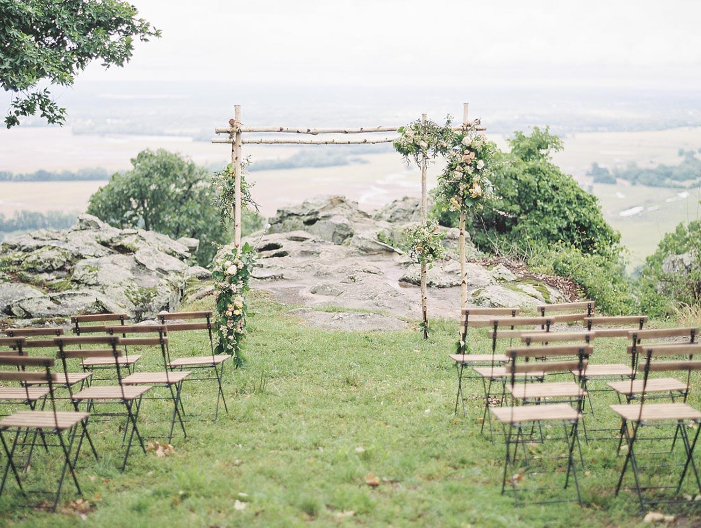 elopement_wedding_florist_coordinator_mountains.jpg