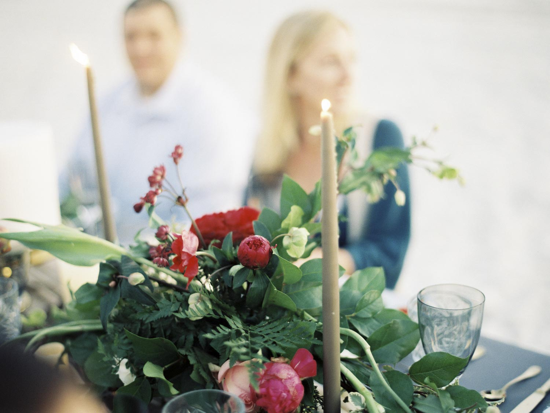 organic_florist_wedding_coordinator_beach.jpg