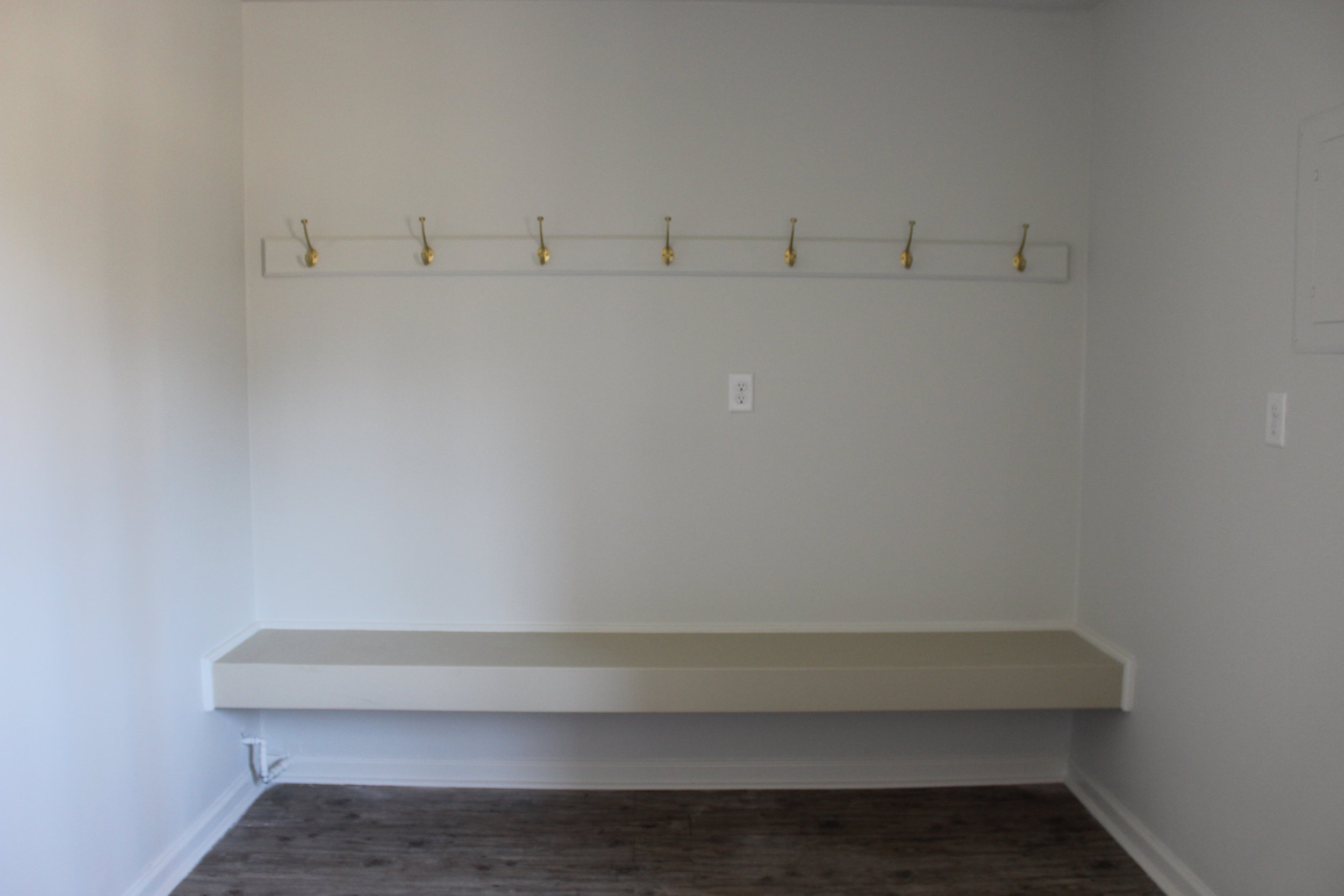 zimmerman_flip_house_after_picture_southern_arkansas_mudroom.JPG