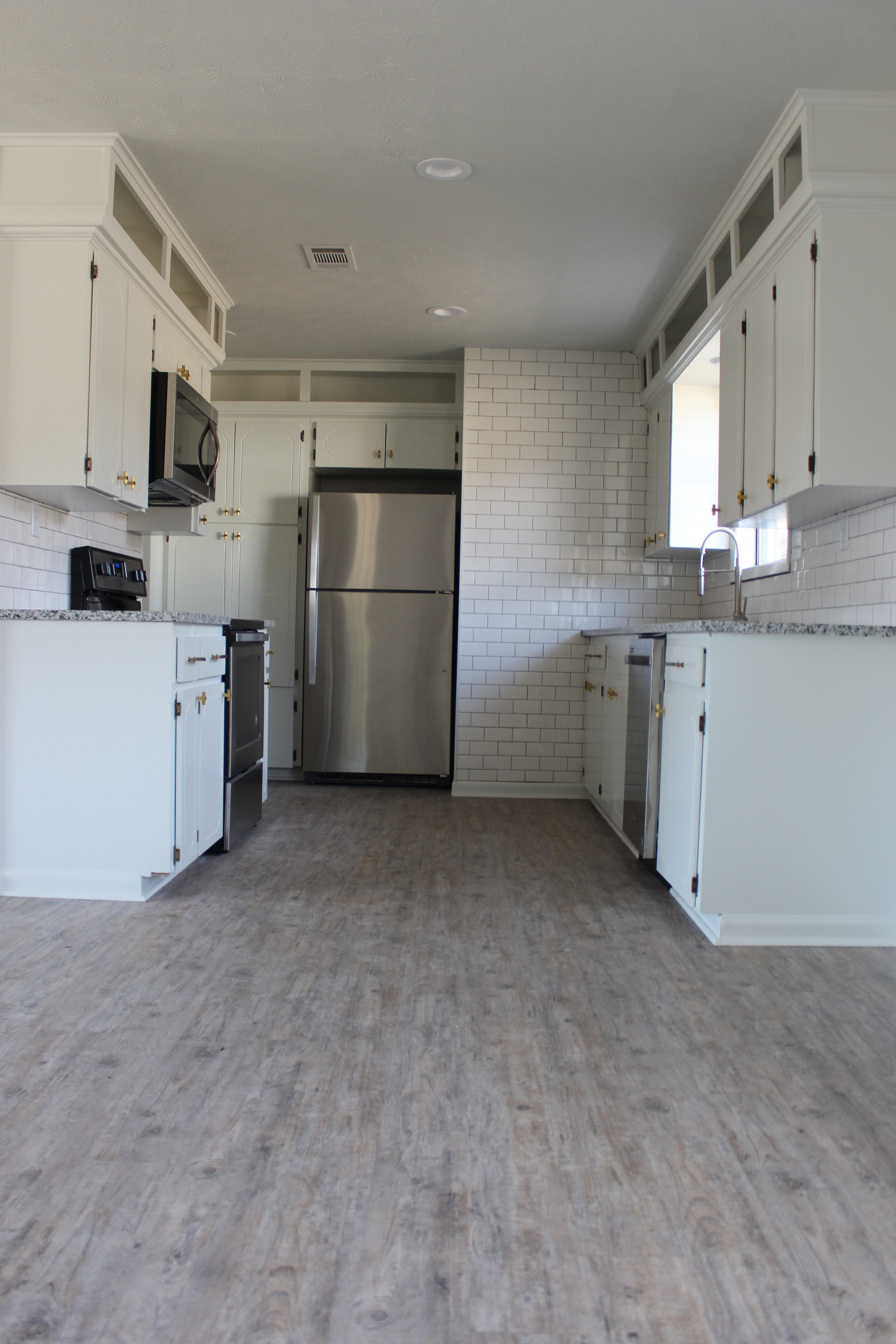 zimmerman_home_flip_house_after_picture_southern_arkansas_white_kitchen.JPG