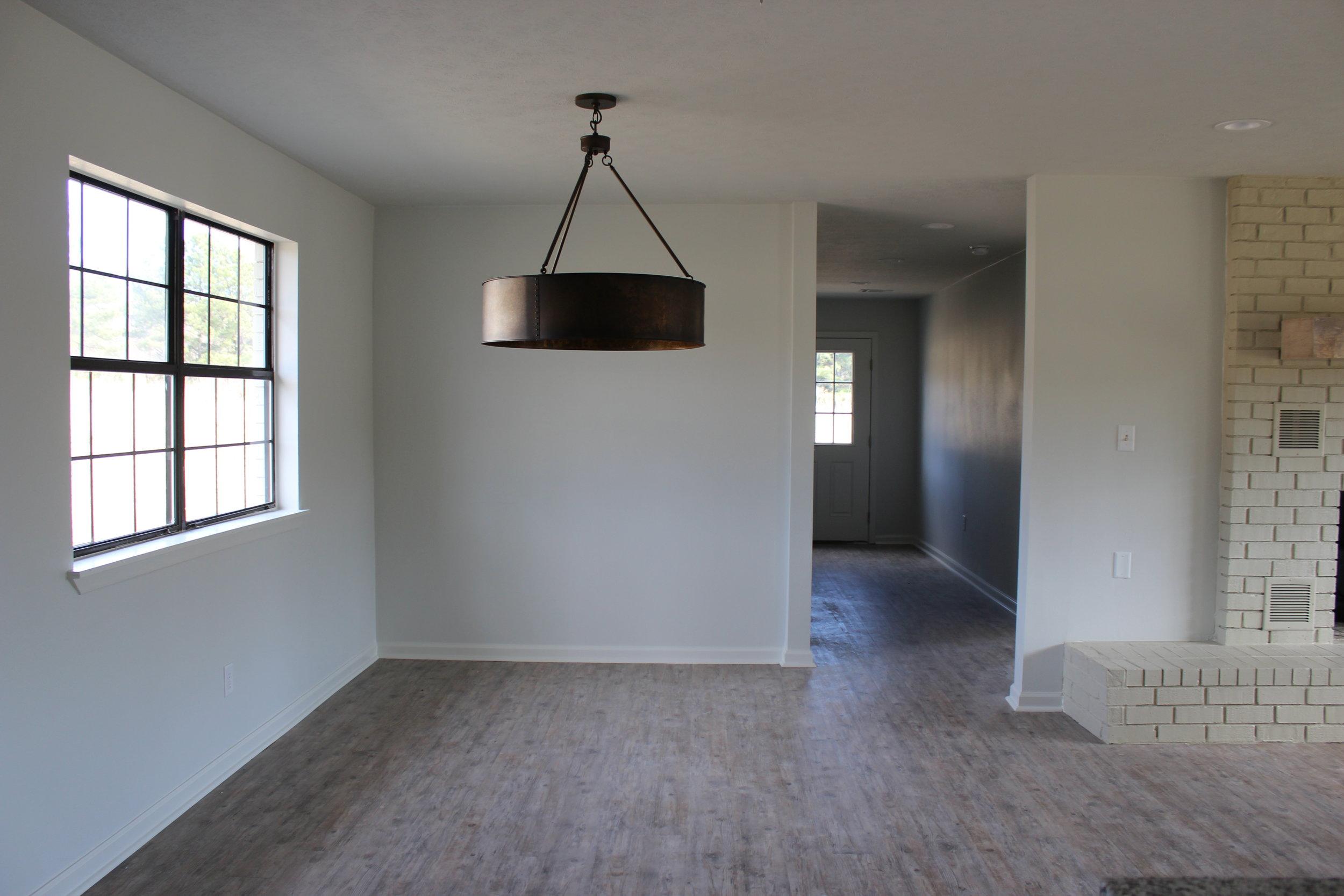 zimmerman_home_flip_house_after_southern_arkansas_dining_room_chandelier.JPG