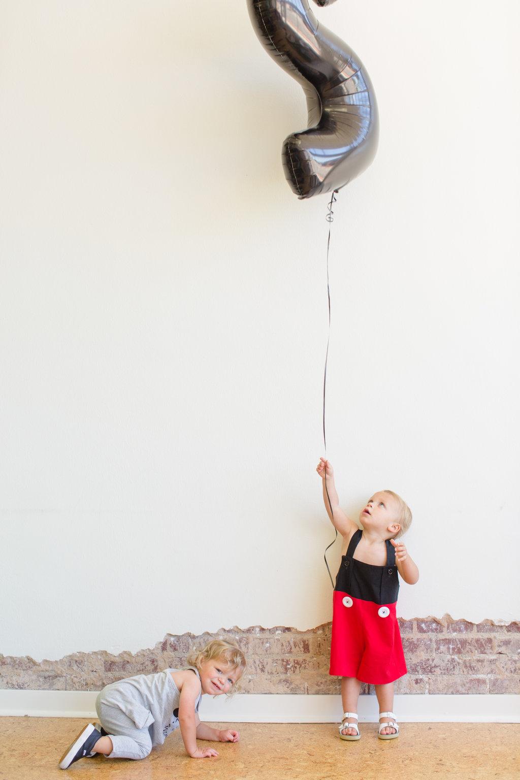 jessica-zimmerman-boy-twin-birthday-mickey.jpg