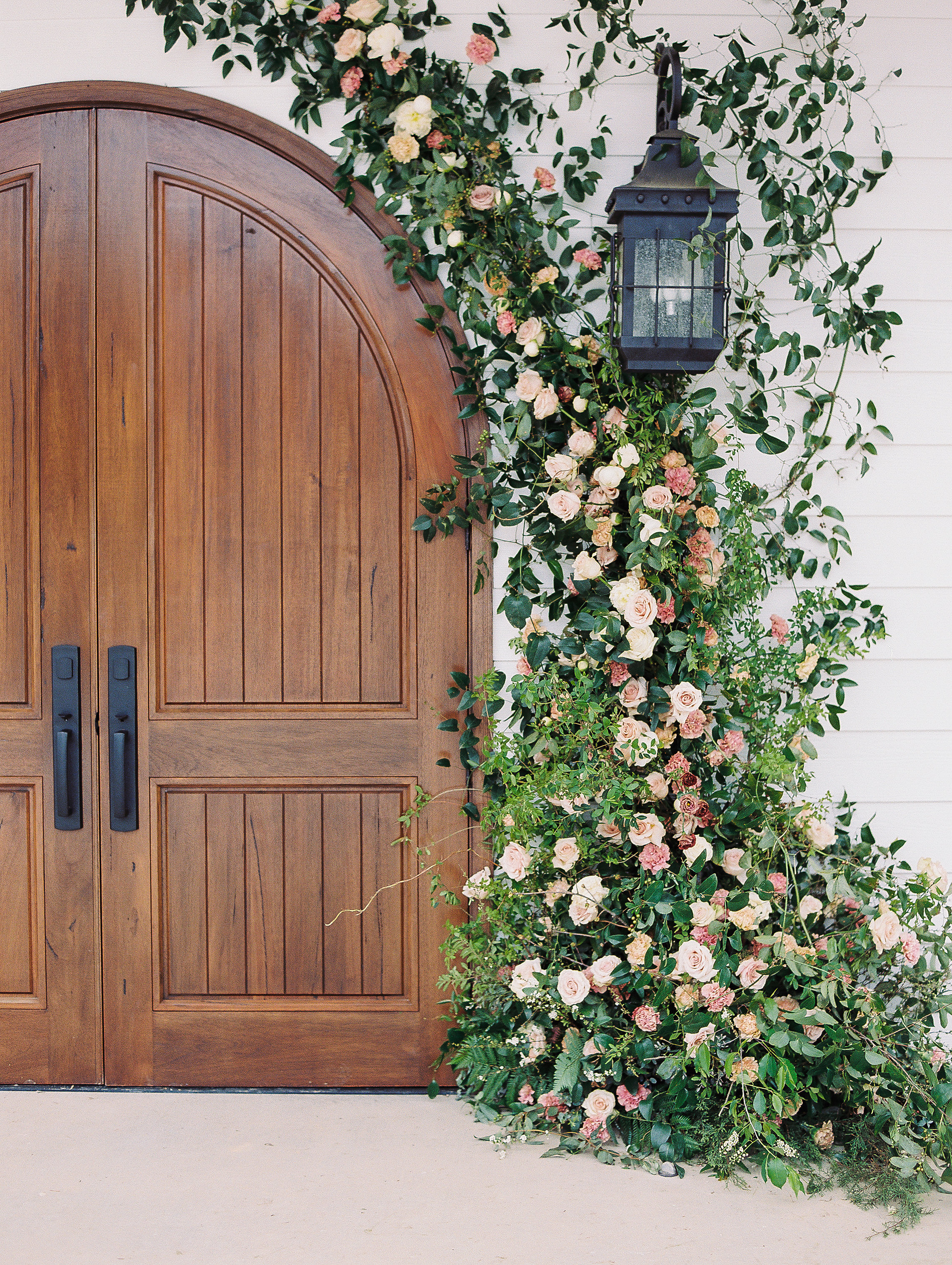 jessica-zimmerman-ceremony-door-installation.jpg