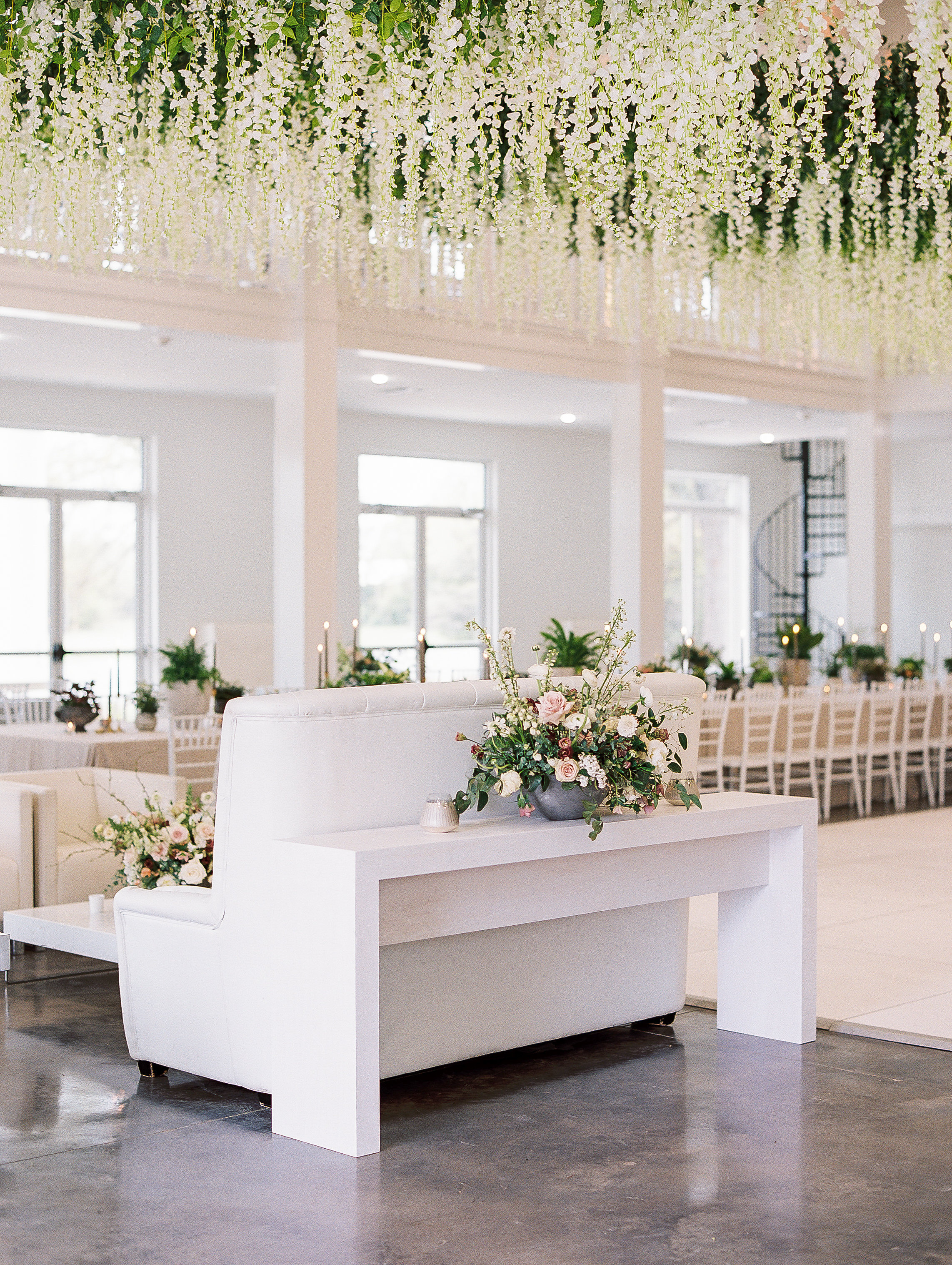 jessica-zimmerman-southern-wedding-reception-lounge-furniture.jpg