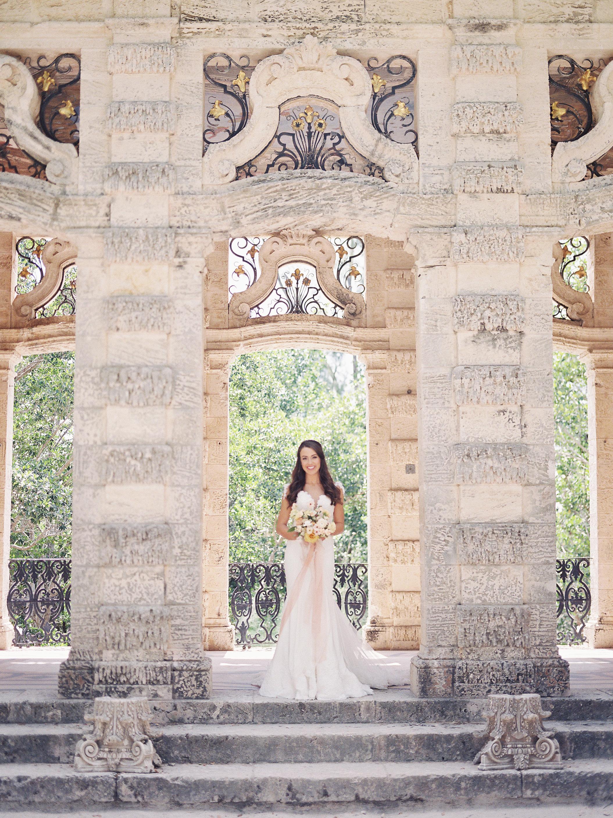 jessica-zimmerman-bridal-portrait-miami-vizcaya.jpg