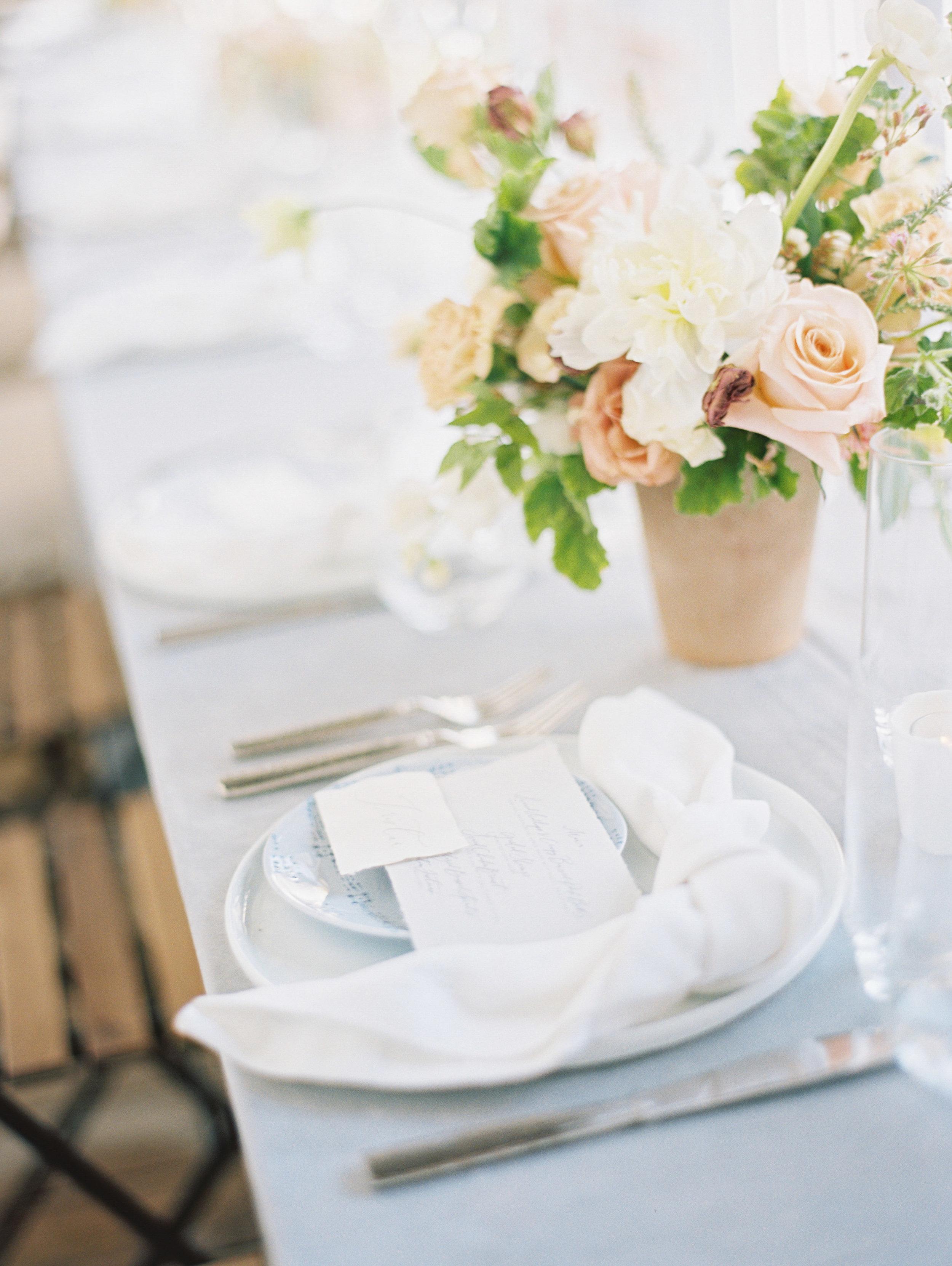 jessica-zimmerman-events-lauren-kinsey-reception-table.jpg