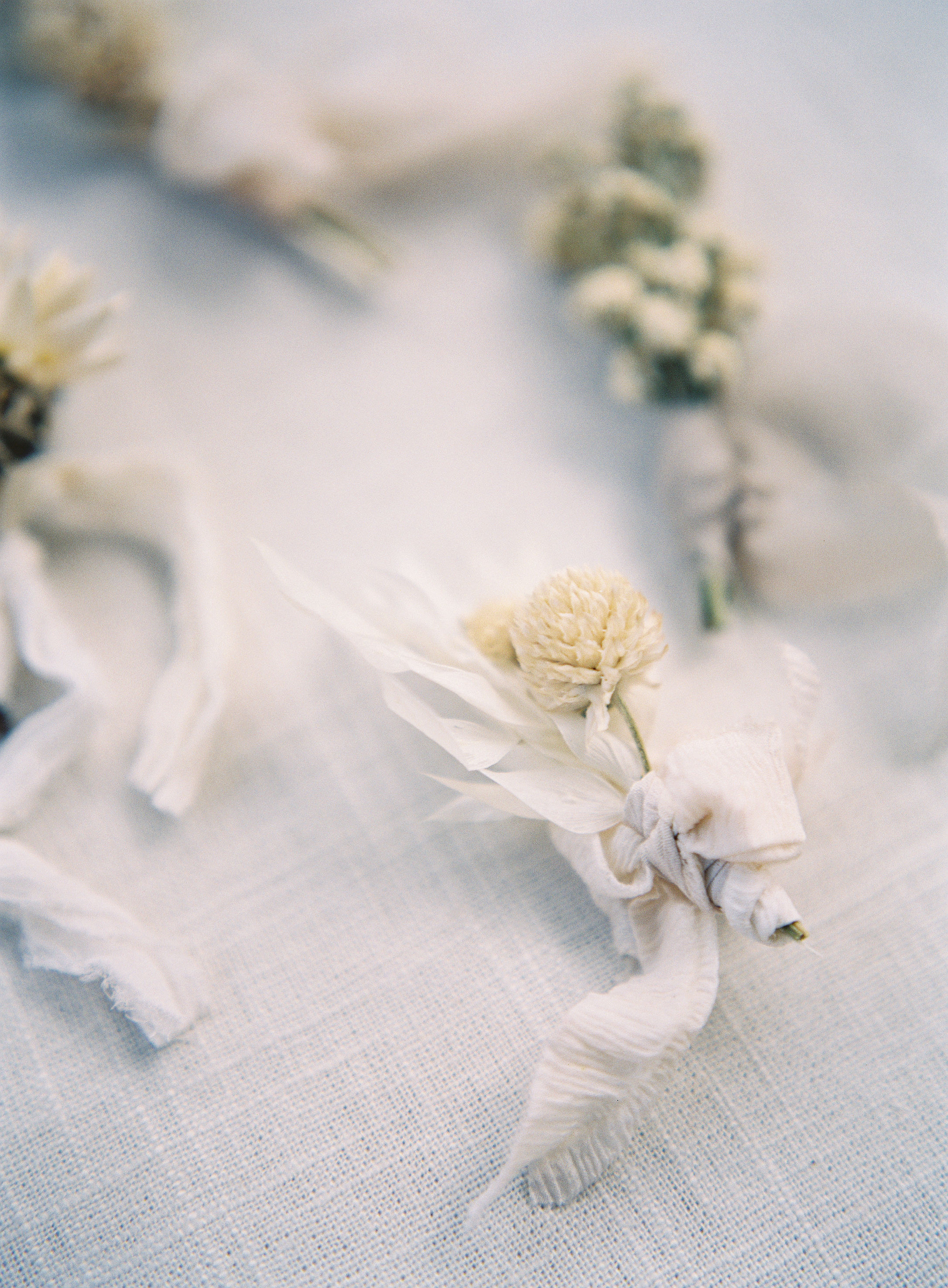 jessica-zimmerman-events-florida-editorial-boutonniere.jpg
