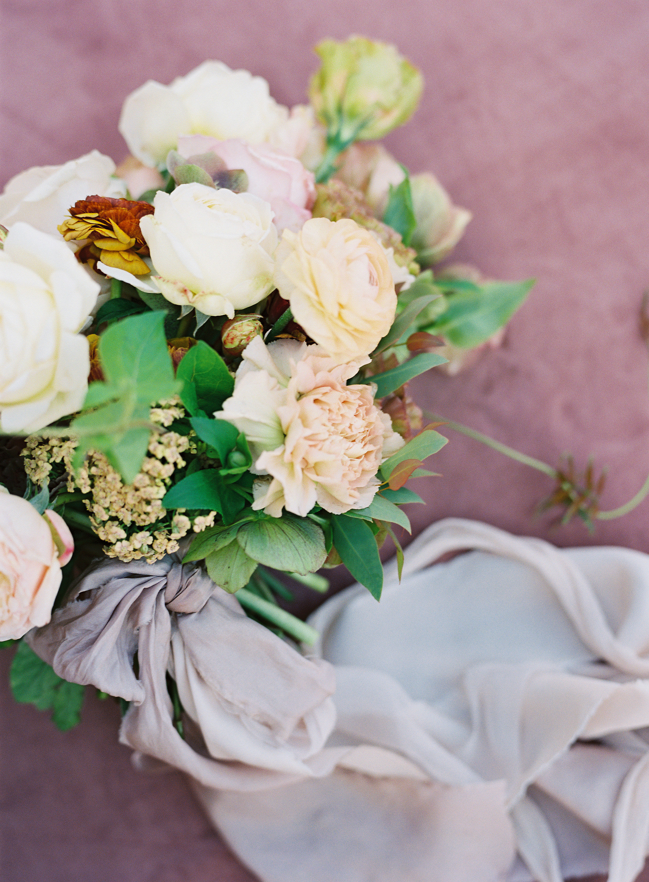 jessica-zimmerman-events-arkansas-mountain-wedding-bouquet.jpg