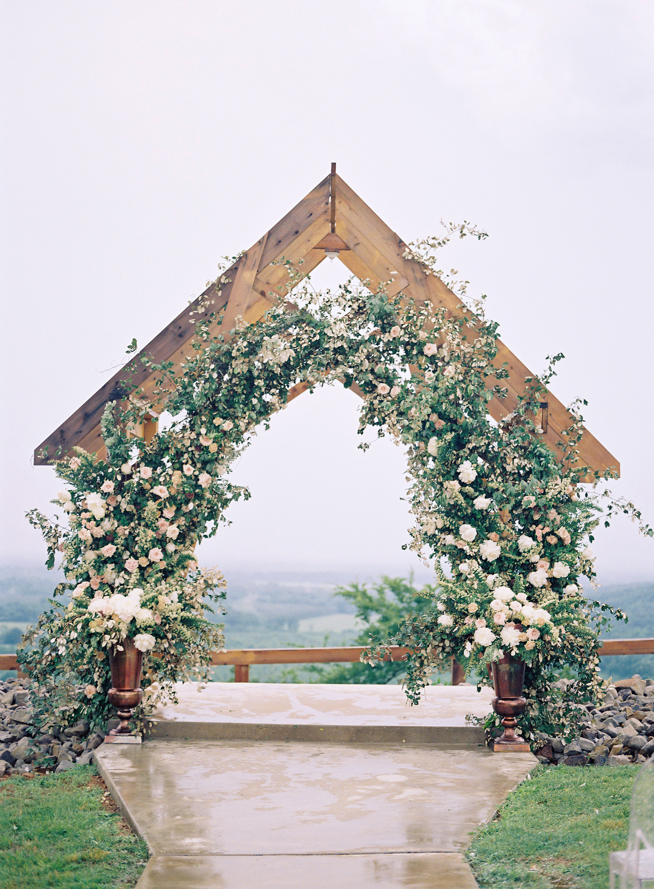 jessica-zimmerman-events-arkansas-mountain-wedding-ceremony-arch.jpg